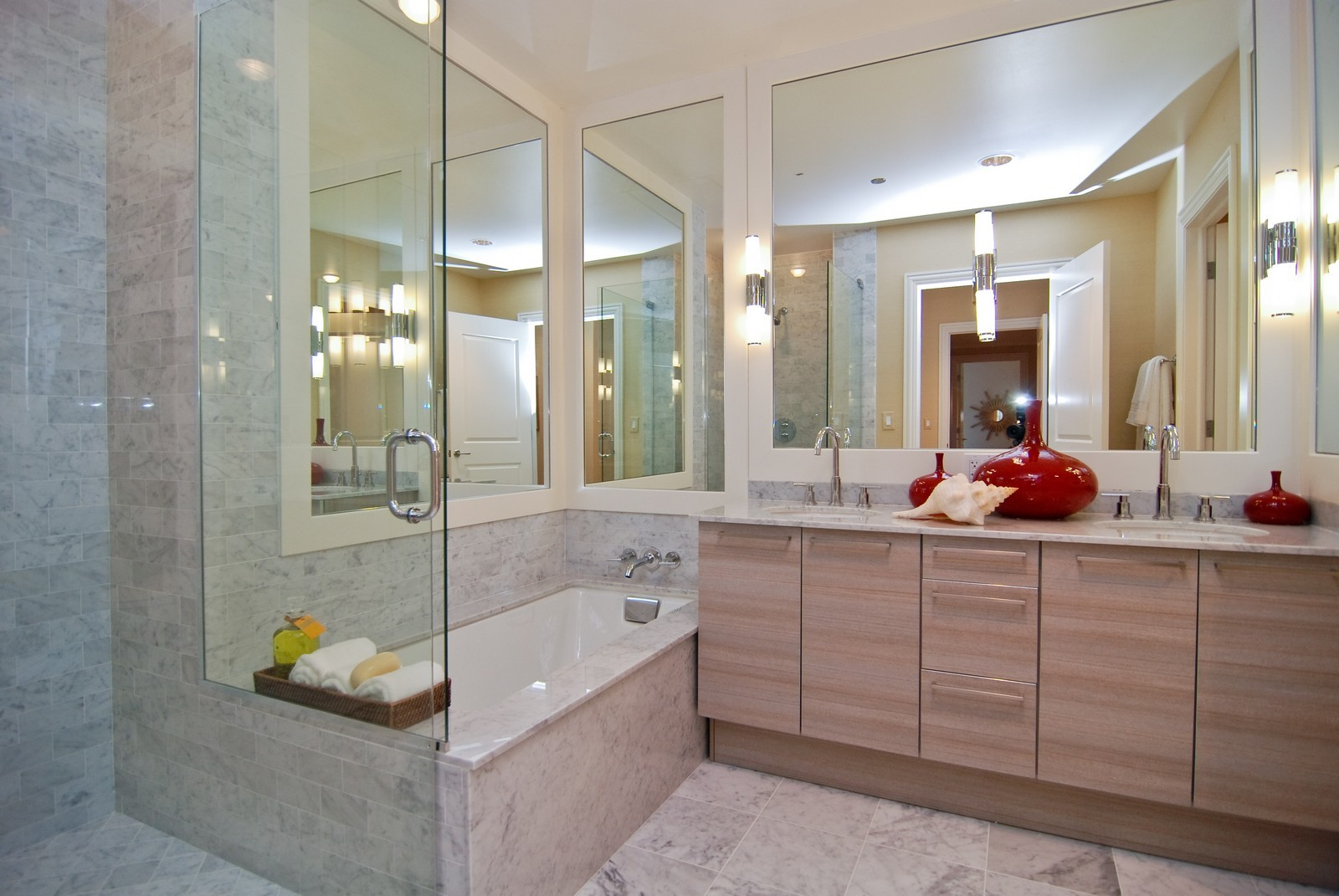 Real Estate Photography - 10 E Delaware Ave, Chicago, IL, 60610 - Master Bathroom