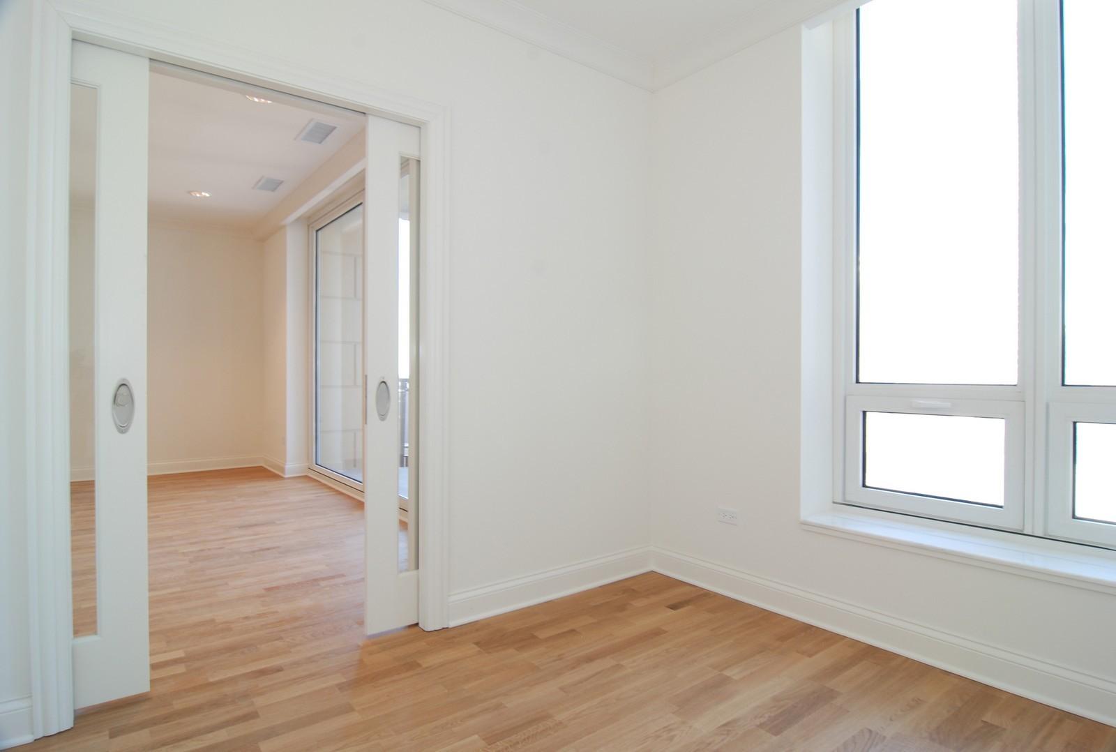 Real Estate Photography - 10 E Delaware Ave, Chicago, IL, 60610 - Den