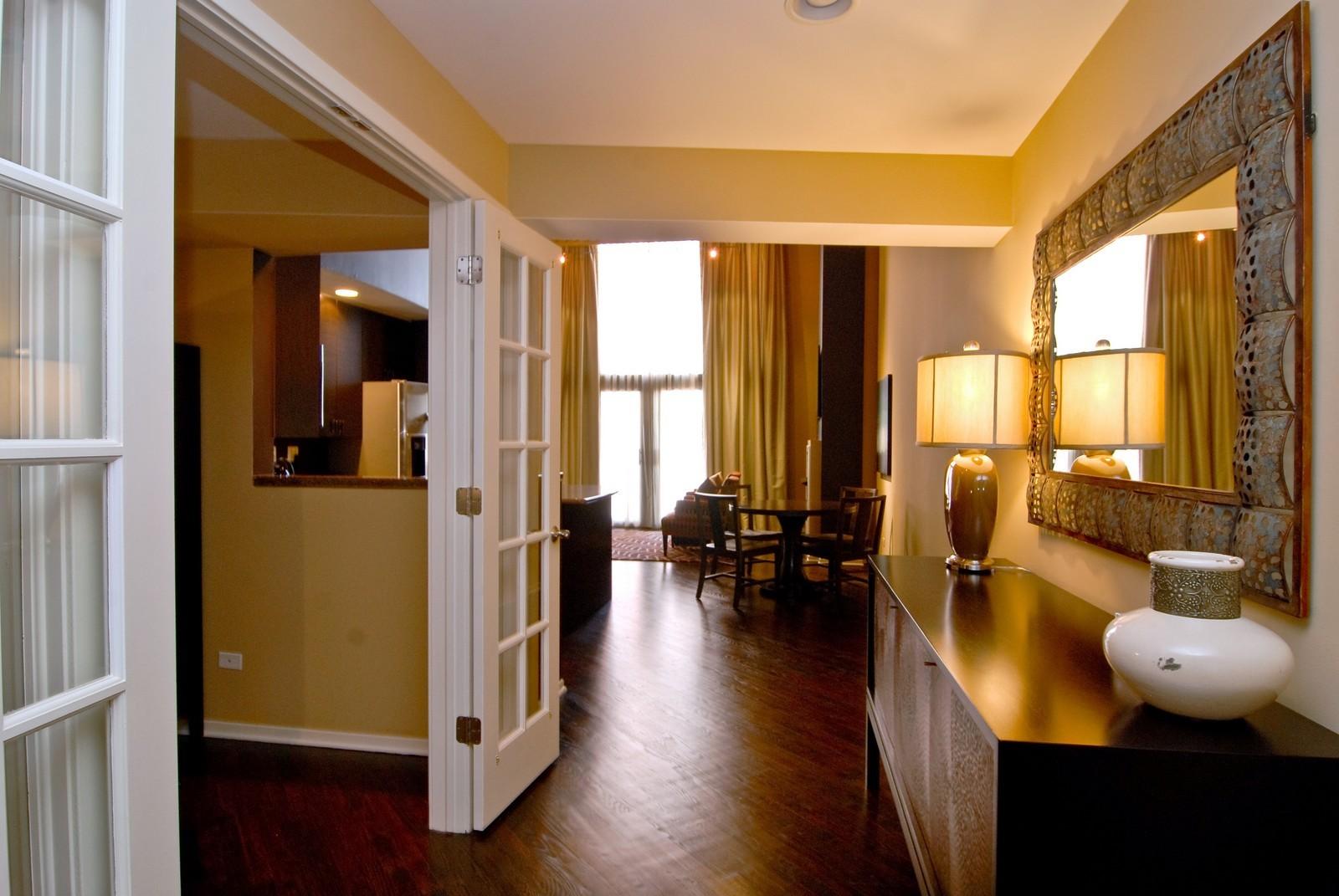 Real Estate Photography - 616 W Fulton, Unit 702, Chicago, IL, 60661 - Foyer