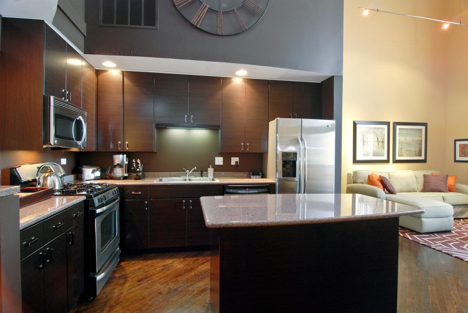 Real Estate Photography - 616 W Fulton, Unit 702, Chicago, IL, 60661 - Kitchen