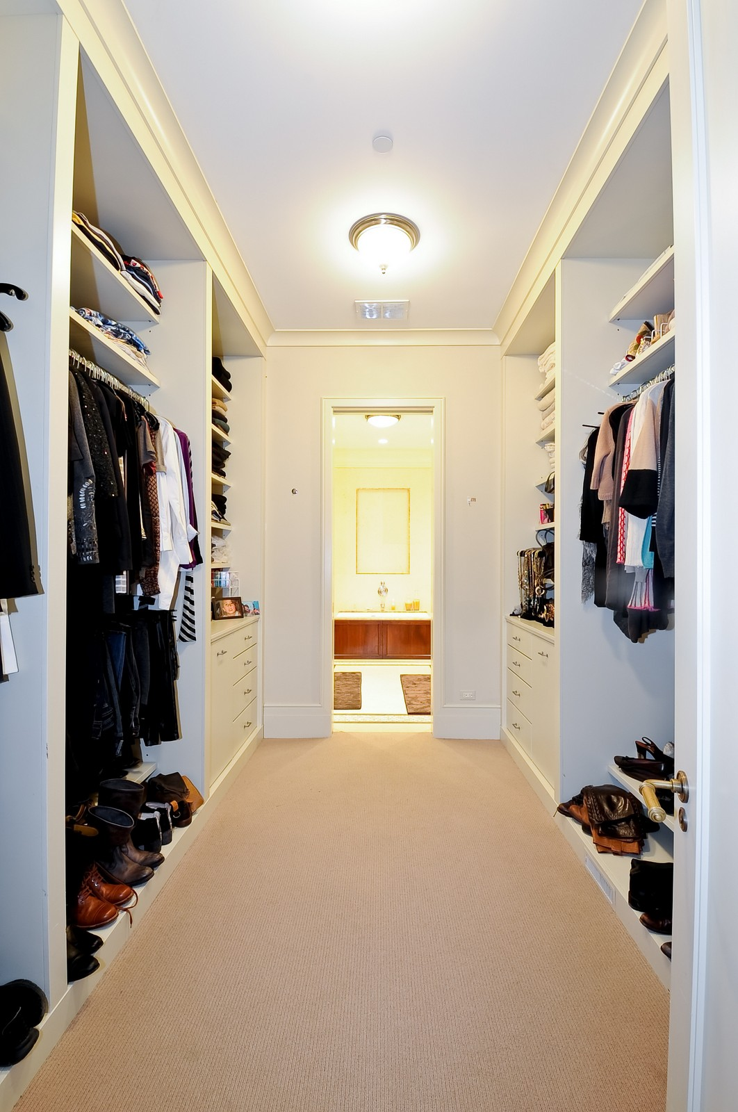 Real Estate Photography - 2214 N Magnolia, Chicago, IL, 60614 - Master Bedroom Closet