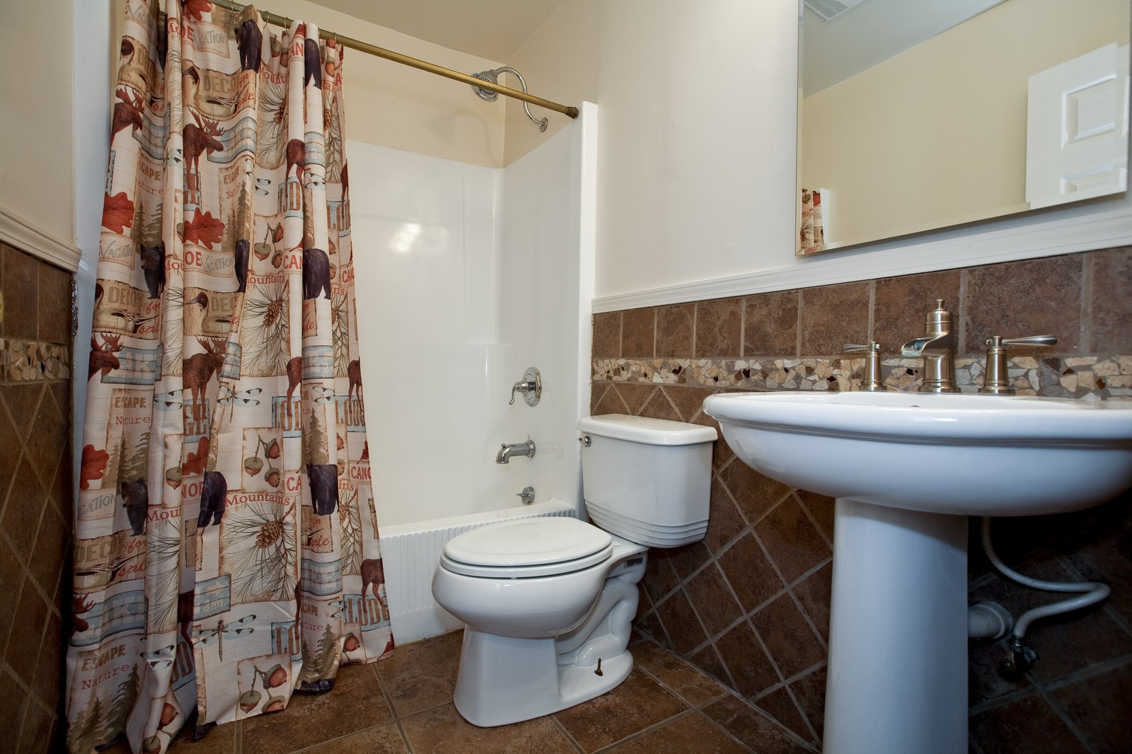 Real Estate Photography - 23087 W. Kankakee River Drive, Wilmington, IL, 60481 - Bathroom