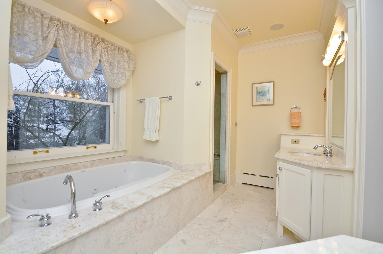 Real Estate Photography - 486 Greenleaf, Glencoe, IL, 60022 - Master Bathroom