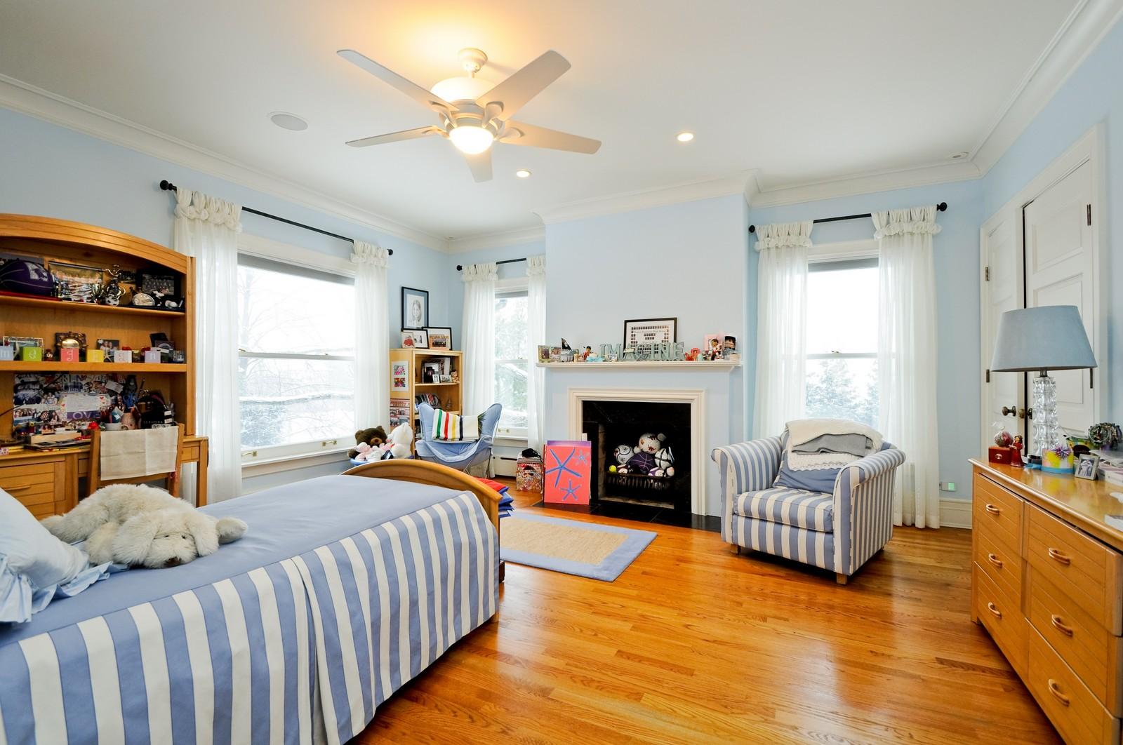 Real Estate Photography - 486 Greenleaf, Glencoe, IL, 60022 - 2nd Bedroom