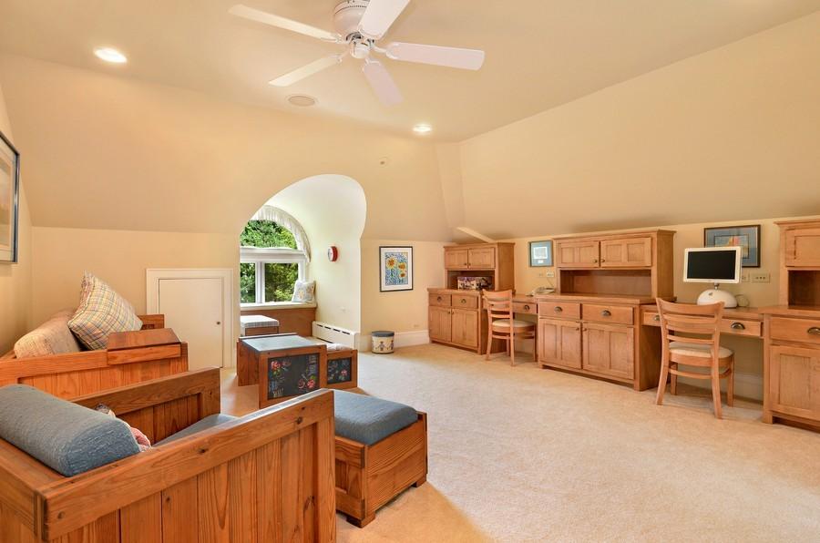 Real Estate Photography - 486 Greenleaf, Glencoe, IL, 60022 - 3rd Level Bonus Room/6th Bedroom