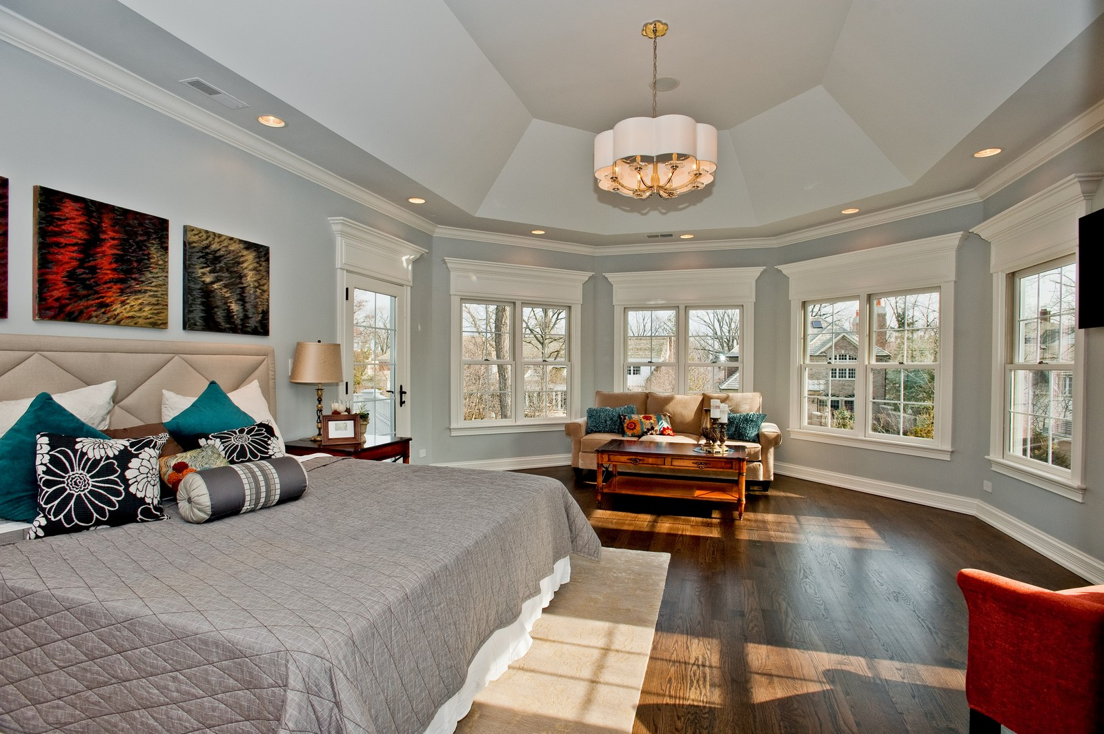 Real Estate Photography - 339 Linden, Winnetka, IL, 60093 - Master Bedroom
