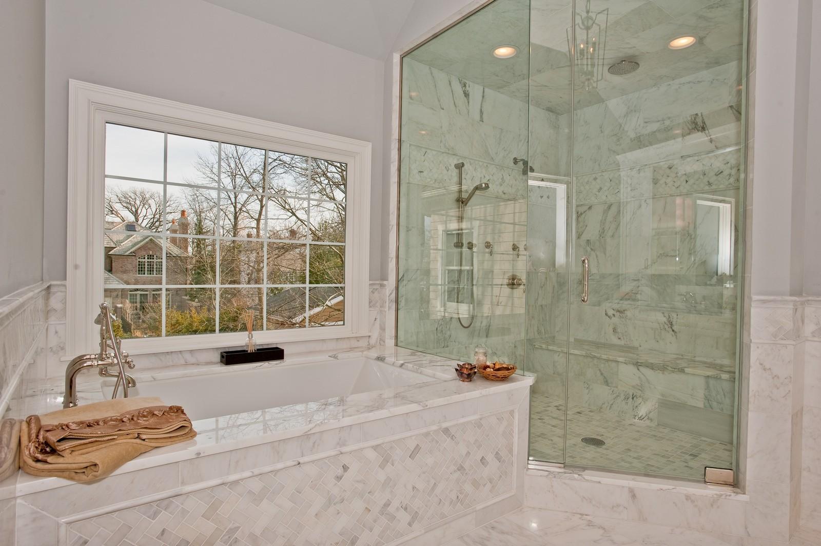 Real Estate Photography - 339 Linden, Winnetka, IL, 60093 - Master Bathroom