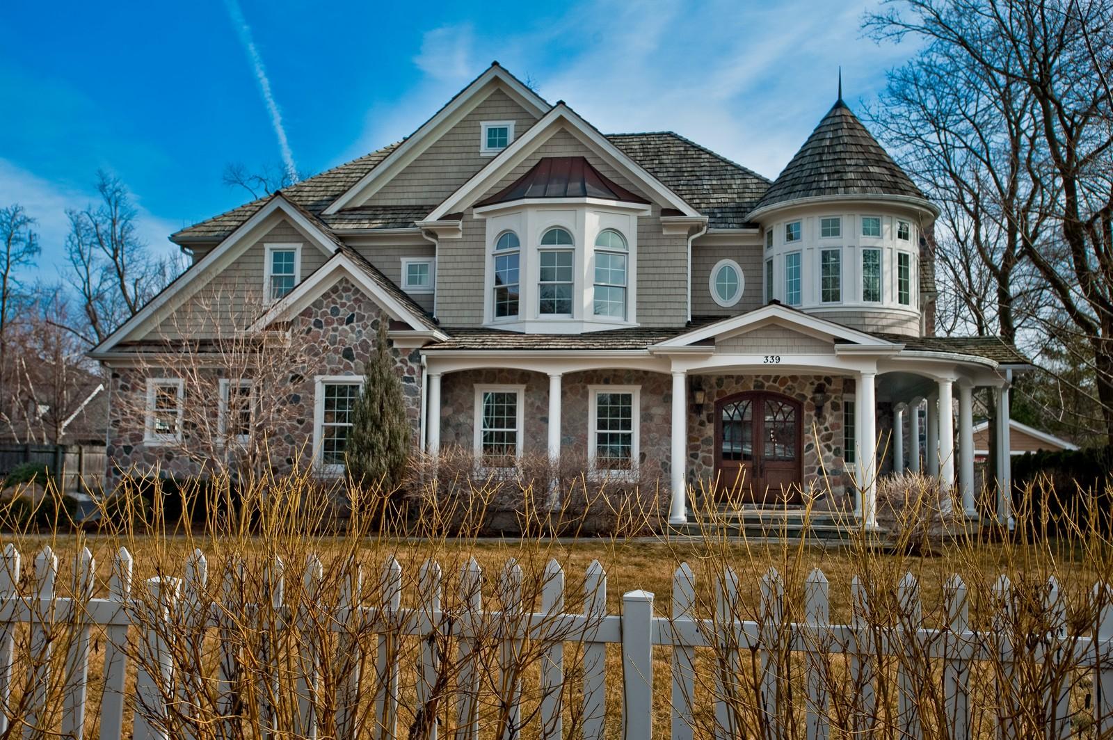 Real Estate Photography - 339 Linden, Winnetka, IL, 60093 - Back Yard
