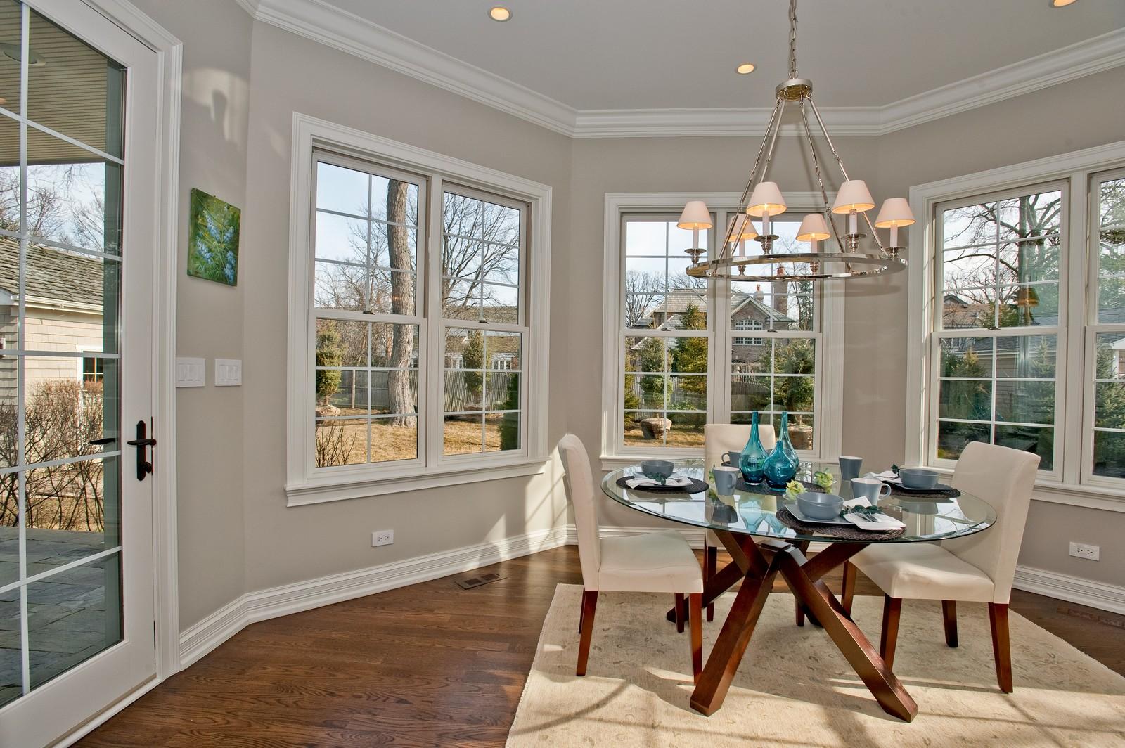 Real Estate Photography - 339 Linden, Winnetka, IL, 60093 - Breakfast Room