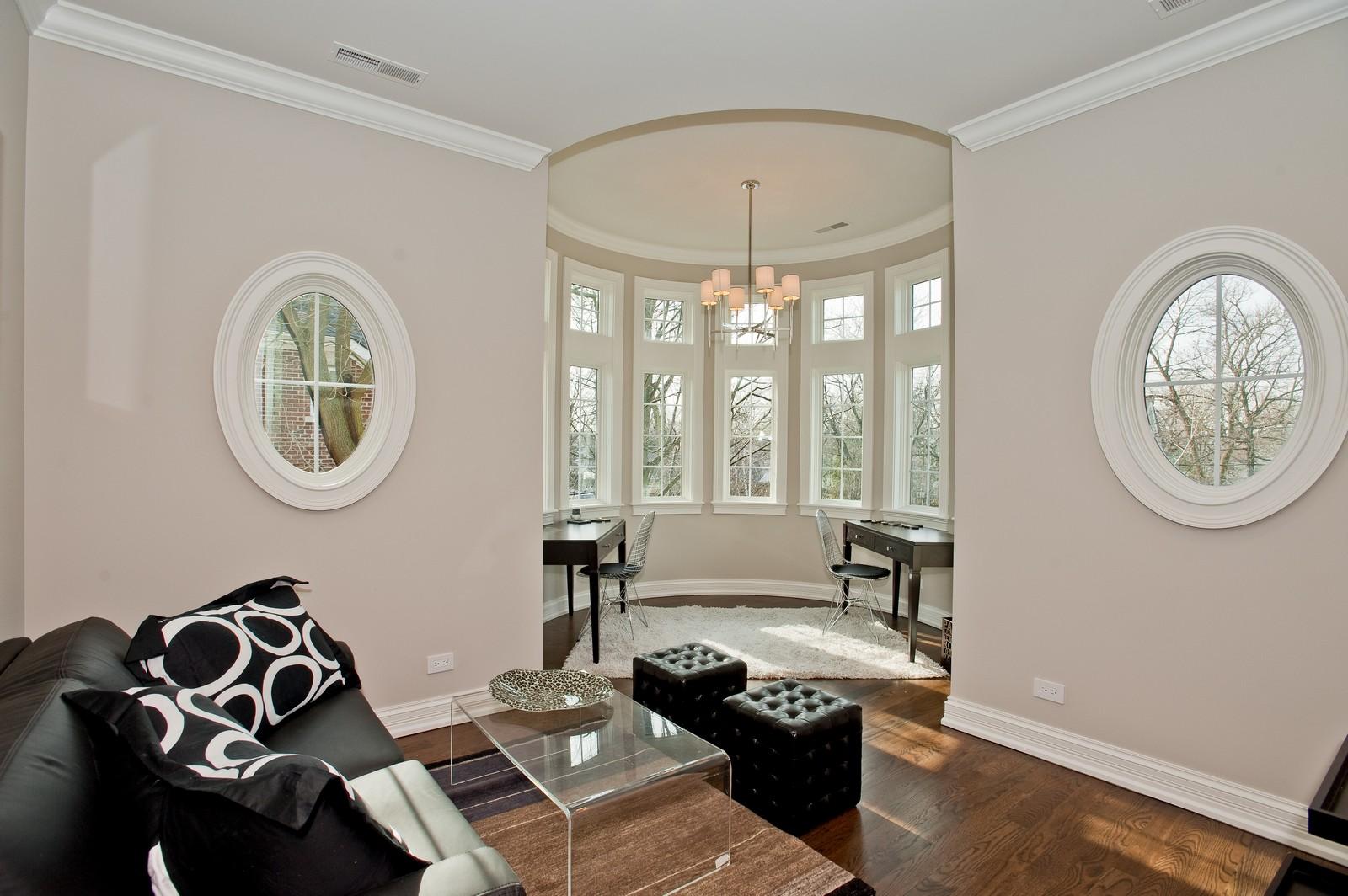Real Estate Photography - 339 Linden, Winnetka, IL, 60093 - Loft