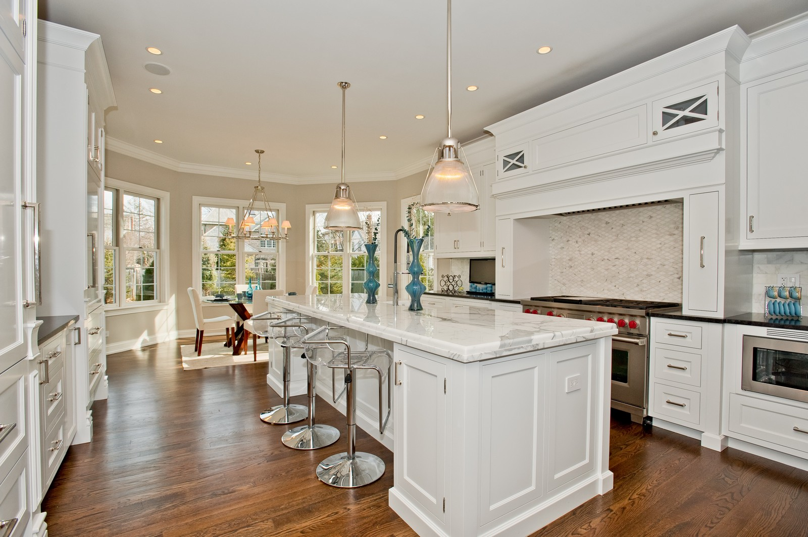 Real Estate Photography - 339 Linden, Winnetka, IL, 60093 - Kitchen