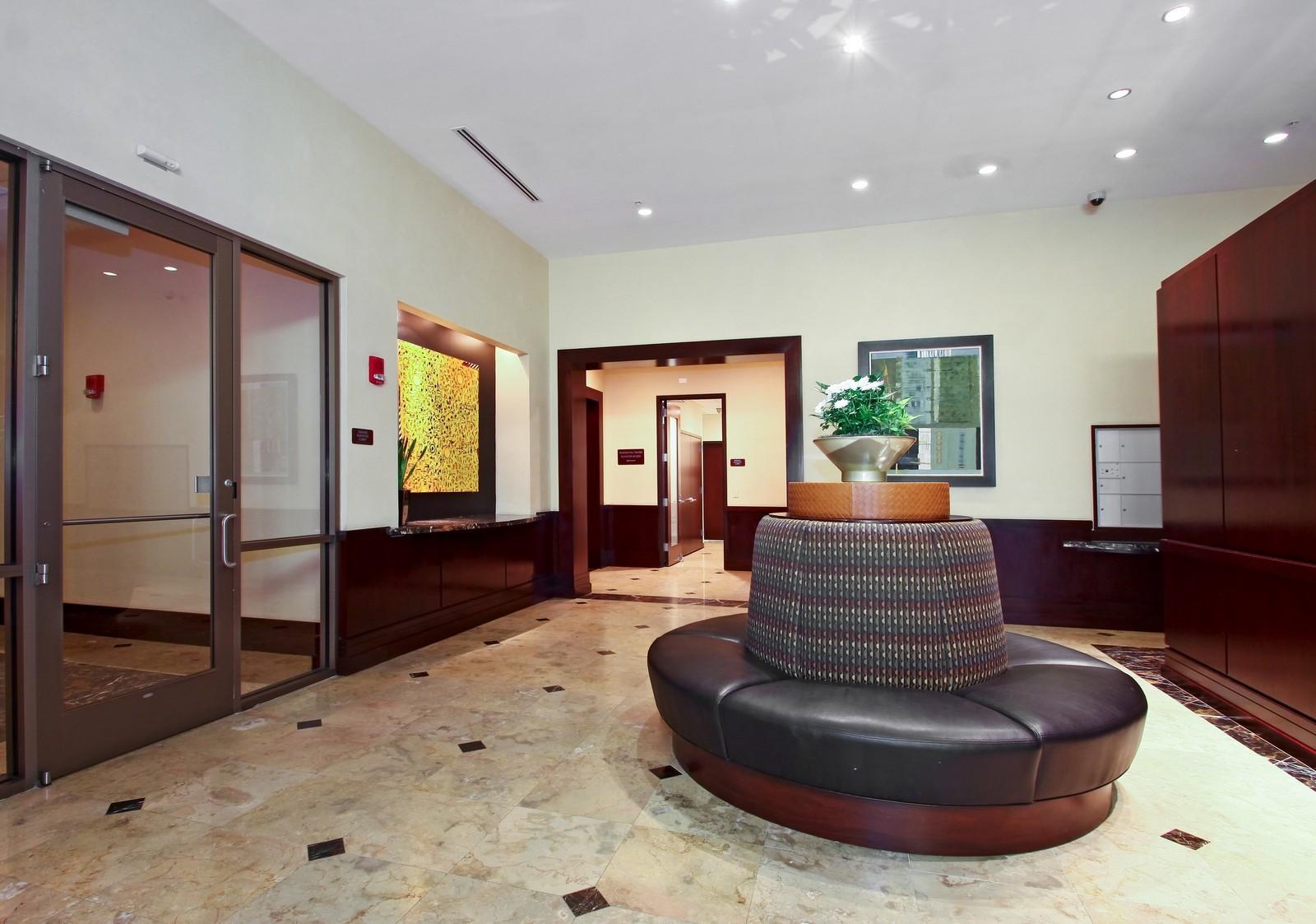 Real Estate Photography - 807 Davis, Evanston, IL, 60201 - Lobby
