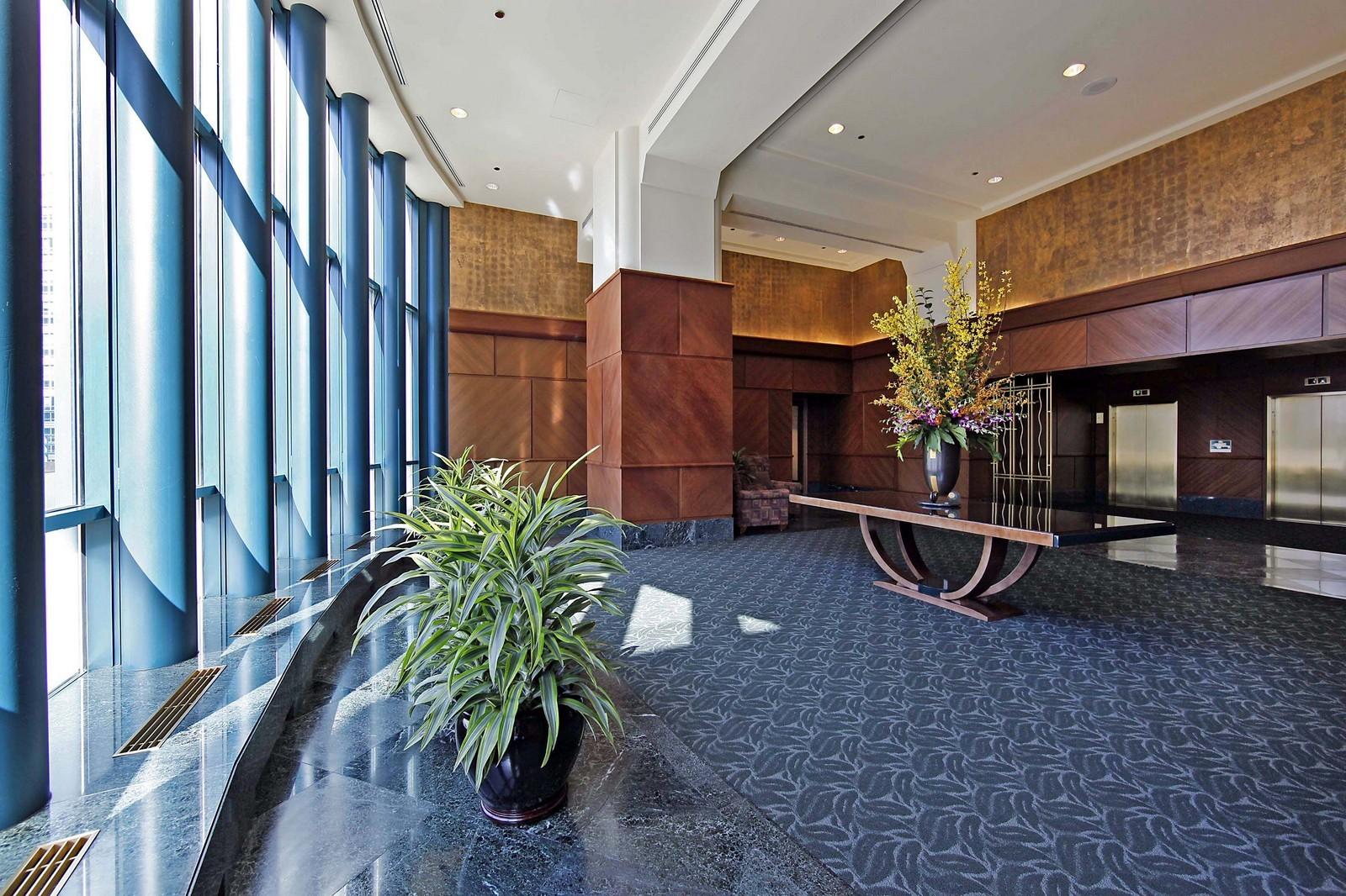 Real Estate Photography - 100 E Huron, Unit 4504, Chicago, IL, 60611 - Lobby