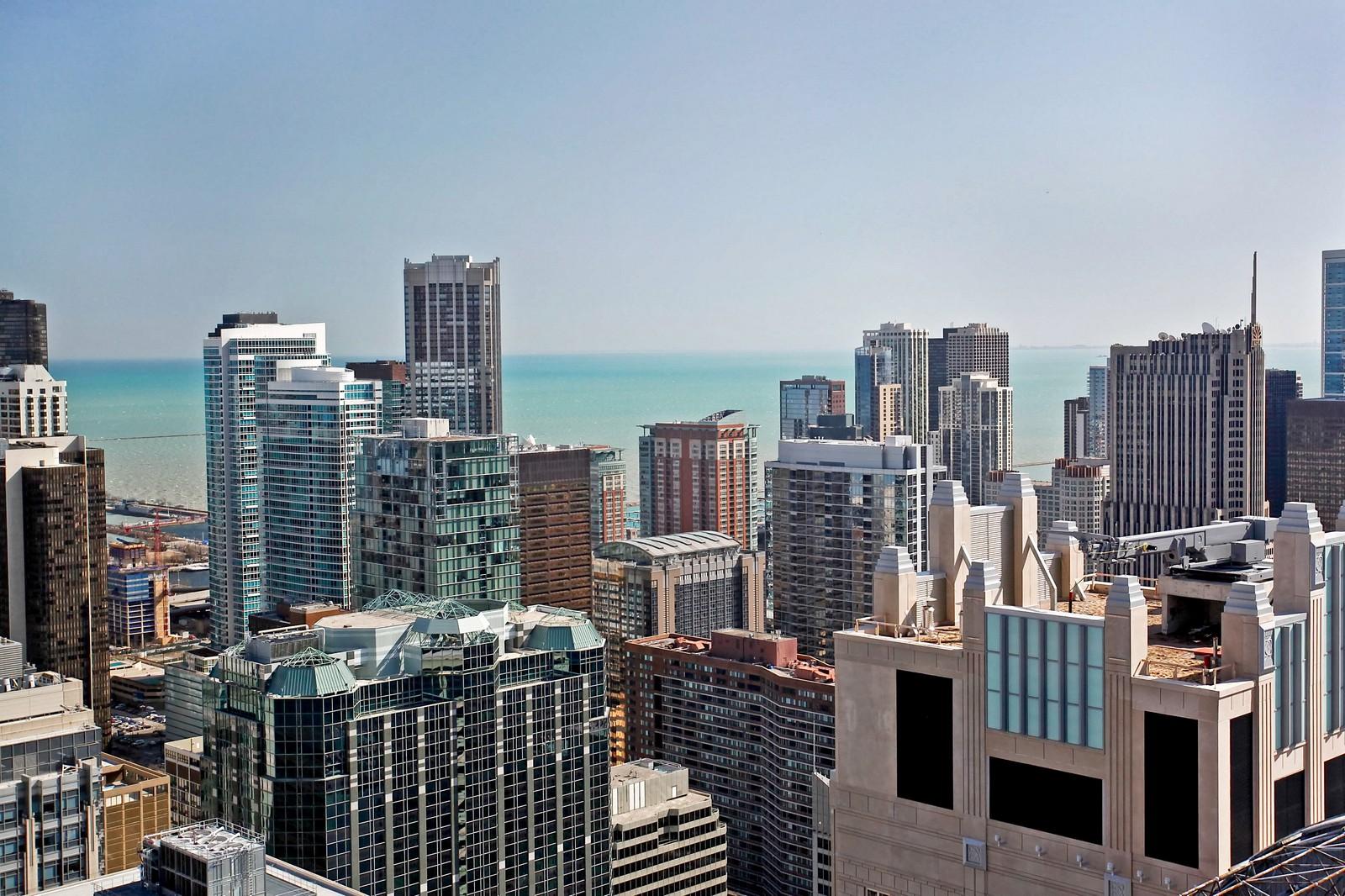 Real Estate Photography - 100 E Huron, Unit 4504, Chicago, IL, 60611 - Lake View