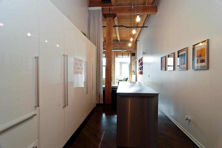 Real Estate Photography - 616 W Fulton, Unit 612, Chicago, IL, 60661 - Kitchen