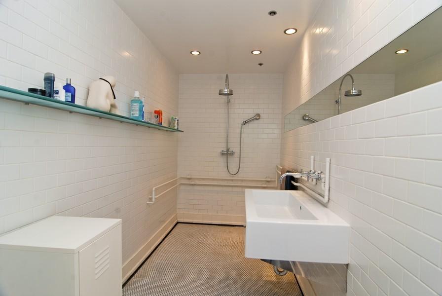 Real Estate Photography - 616 W Fulton, Unit 612, Chicago, IL, 60661 - Bathroom