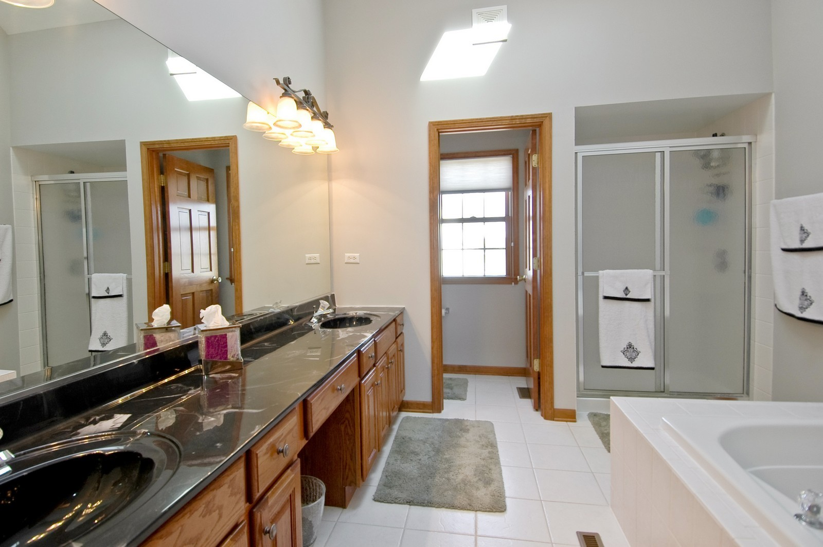 Real Estate Photography - 491 Clover, Algonquin, IL, 60102 - Master Bathroom