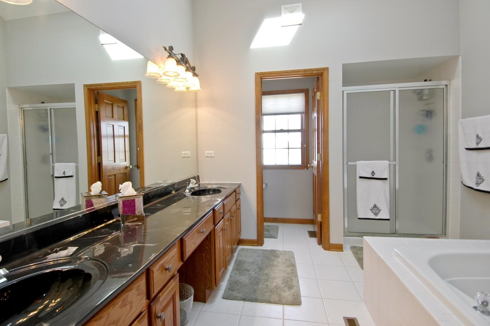 Real Estate Photography - 491 Clover, Algonquin, IL, 60102 - Master Bathroom
