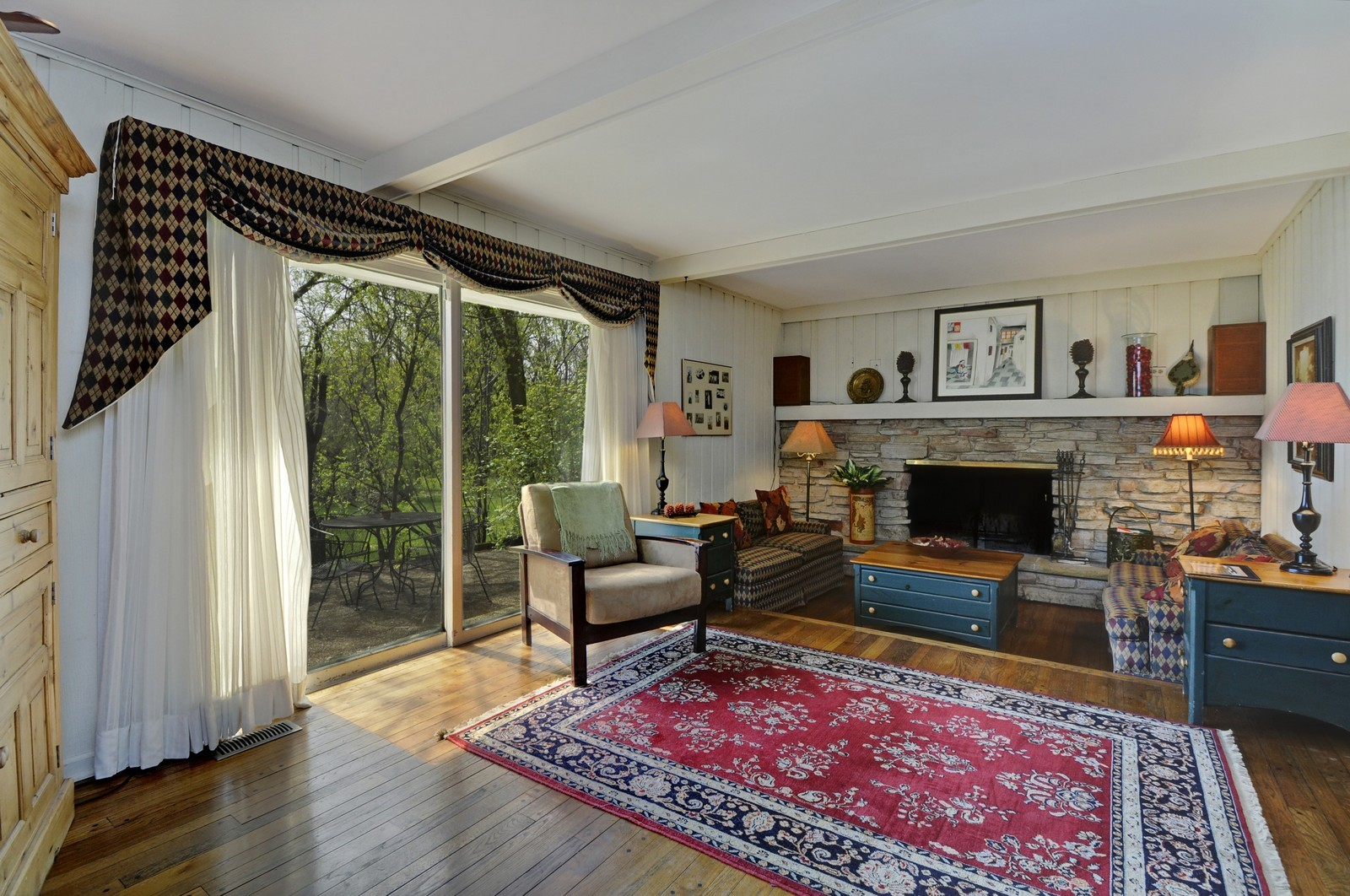 Real Estate Photography - 235 Sunset Drive, Northfield, IL, 60093 - Family Room