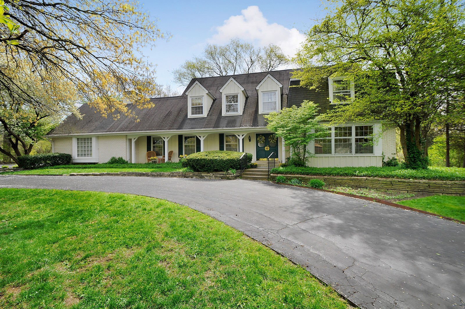 Real Estate Photography - 235 Sunset Drive, Northfield, IL, 60093 - Front View