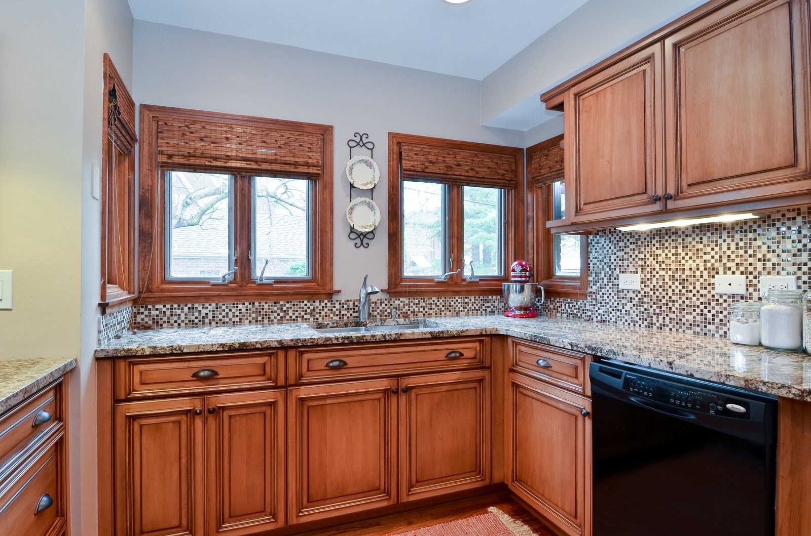 Real Estate Photography - 6712 N Dowagic, Chicago, IL, 60646 - Kitchen