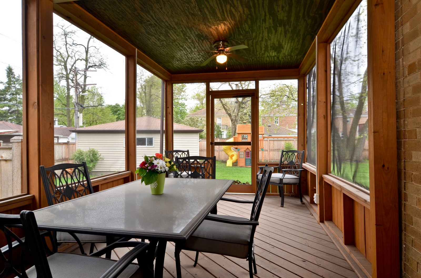 Real Estate Photography - 6712 N Dowagic, Chicago, IL, 60646 - Porch