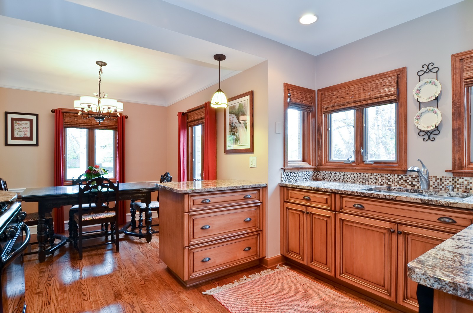 Real Estate Photography - 6712 N Dowagic, Chicago, IL, 60646 - Kitchen / Dining Room