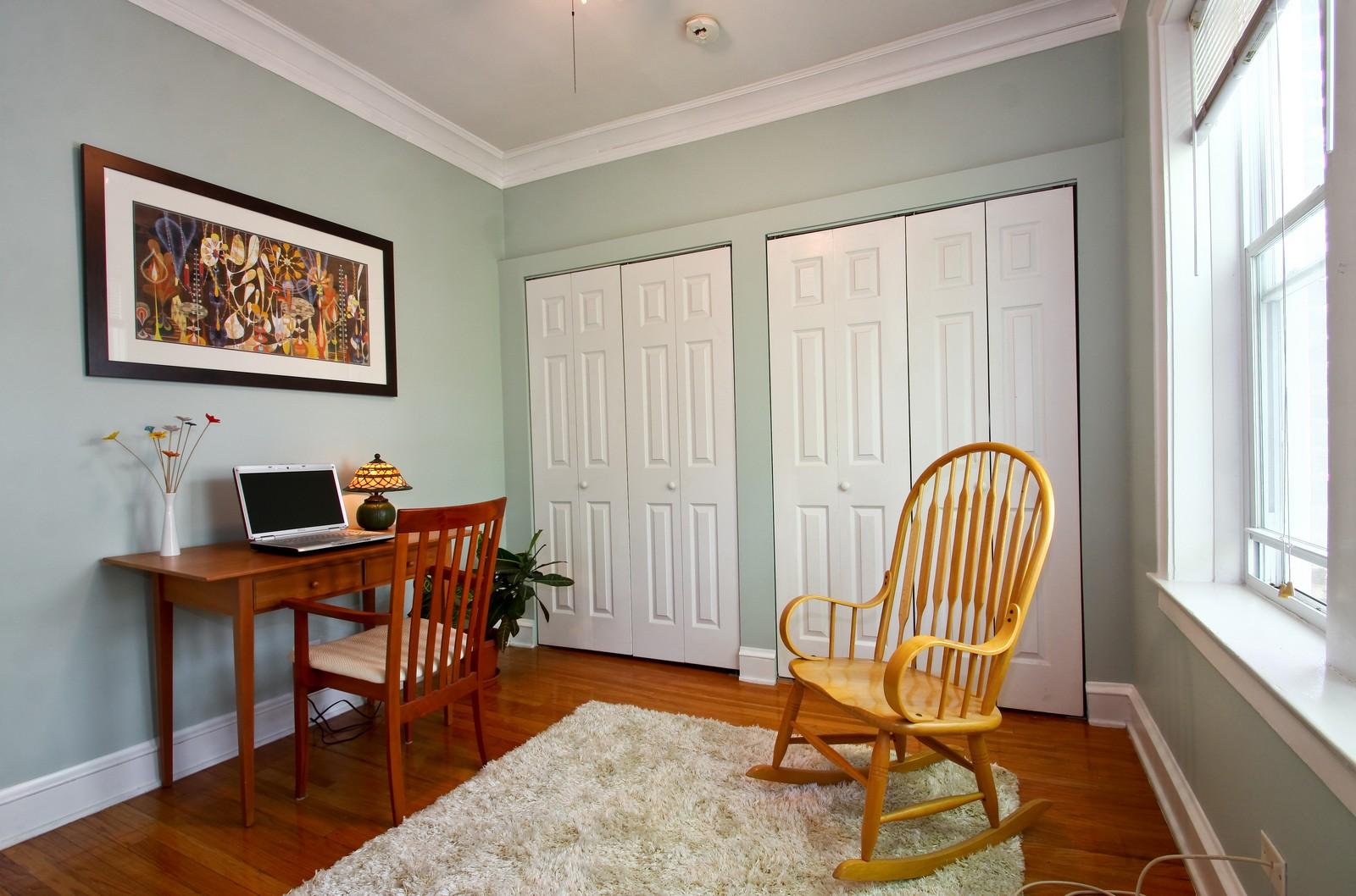 Real Estate Photography - 723 Reba Pl, Unit 3N, Evanston, IL, 60202 - 2nd Bedroom