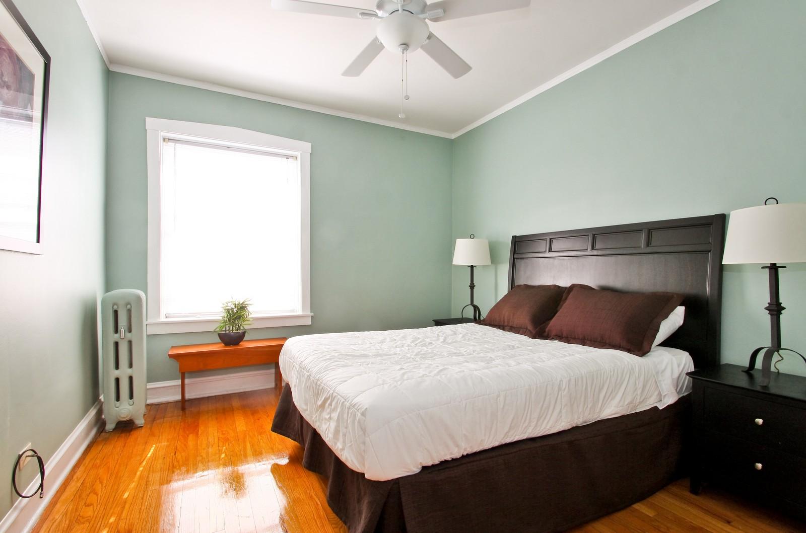 Real Estate Photography - 723 Reba Pl, Unit 3N, Evanston, IL, 60202 - Bedroom
