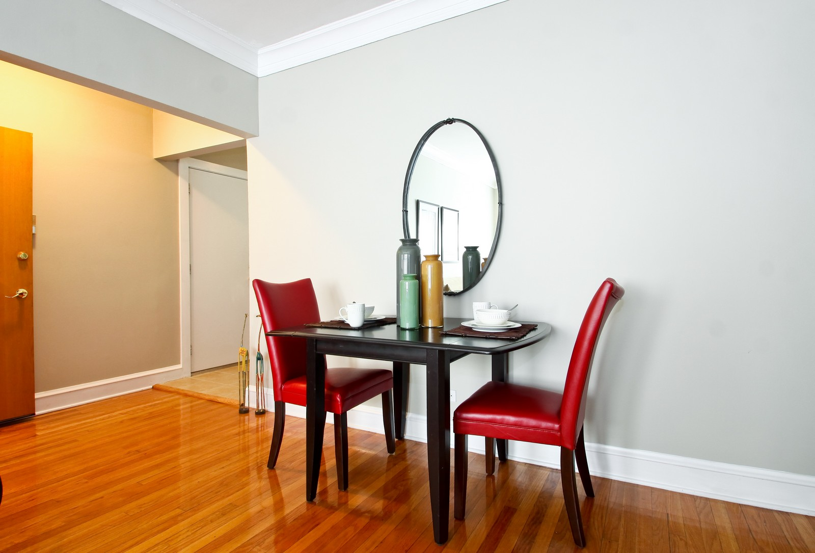 Real Estate Photography - 723 Reba Pl, Unit 3N, Evanston, IL, 60202 - Dining Room