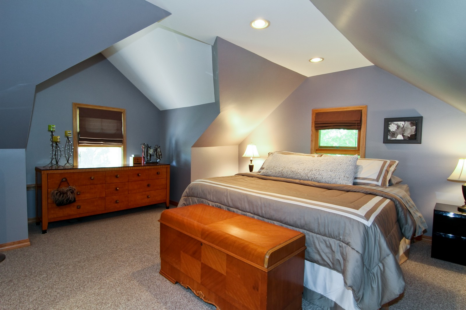 Real Estate Photography - 7760 W 82nd St, Bridgeview, IL, 60455 - Master Bedroom