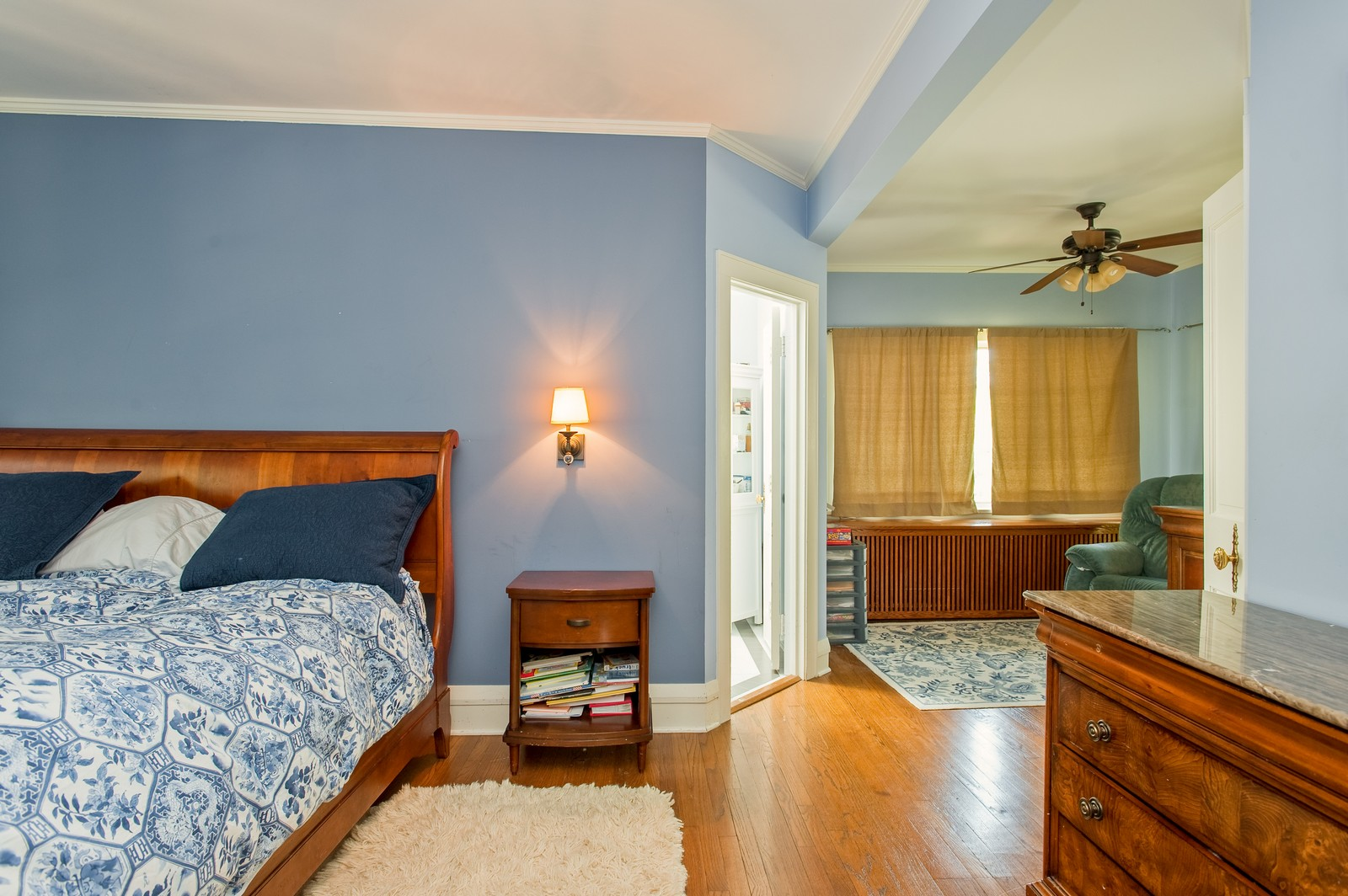 Real Estate Photography - 245 Cumnor, Kenilworth, IL, 60043 - Master Bedroom