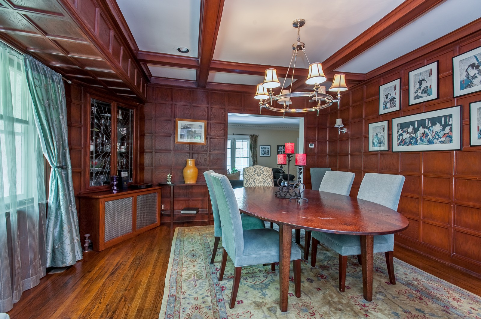 Real Estate Photography - 245 Cumnor, Kenilworth, IL, 60043 - Dining Room