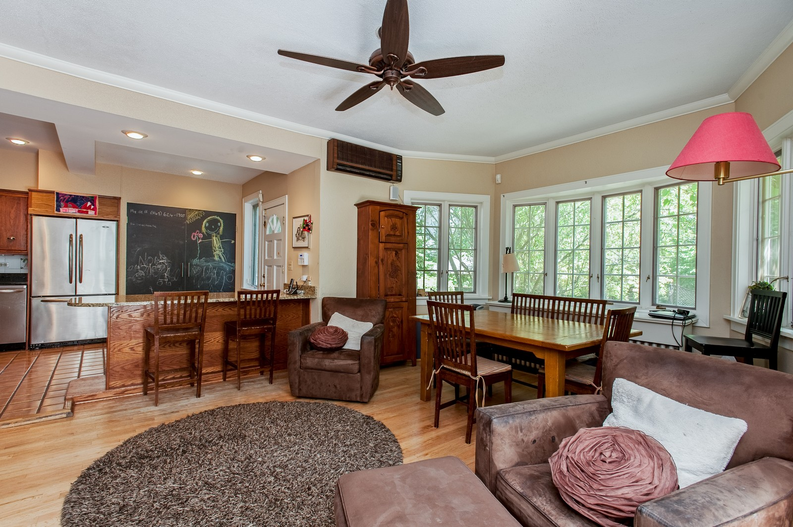 Real Estate Photography - 245 Cumnor, Kenilworth, IL, 60043 - Family Room