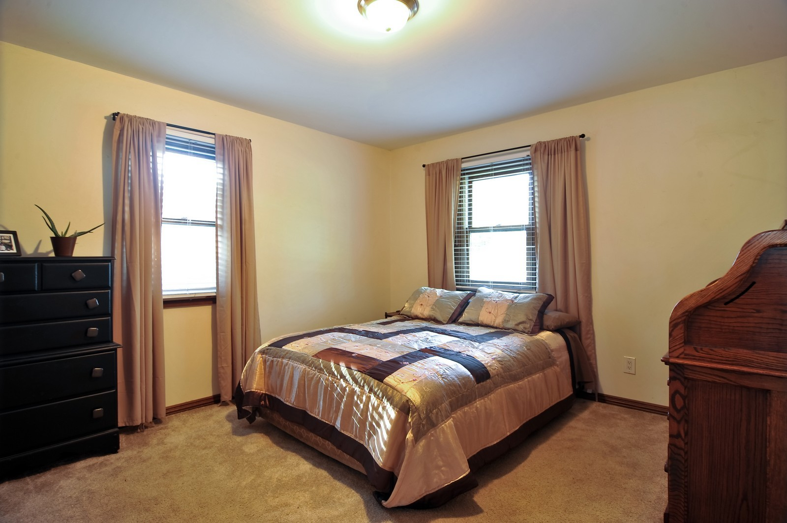 Real Estate Photography - 23250 Florian Dr, Wilmington, IL, 60481 - Master Bedroom (main residence)