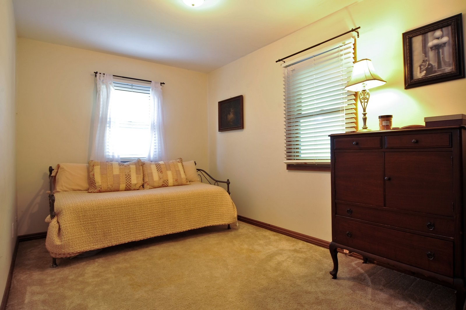 Real Estate Photography - 23250 Florian Dr, Wilmington, IL, 60481 - 2nd Bedroom (main residence)