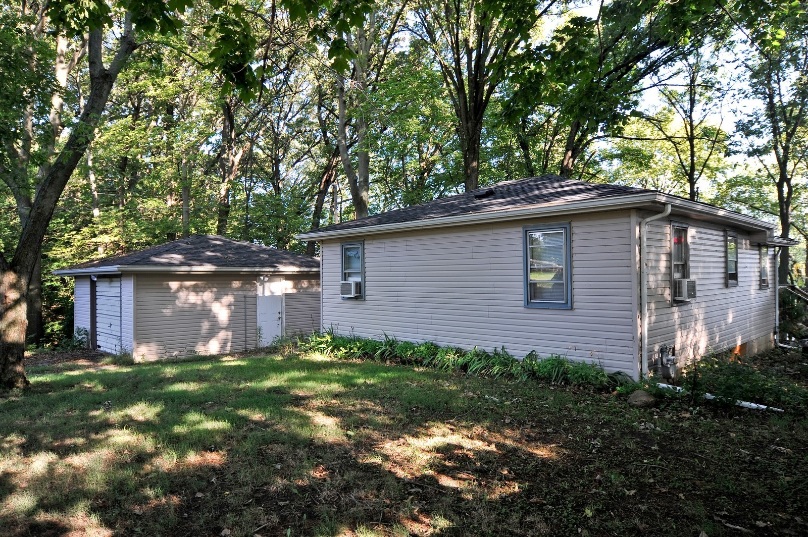 Real Estate Photography - 23250 Florian Dr, Wilmington, IL, 60481 - Front view of 2nd residence- 2 bedrooms 1 Bath