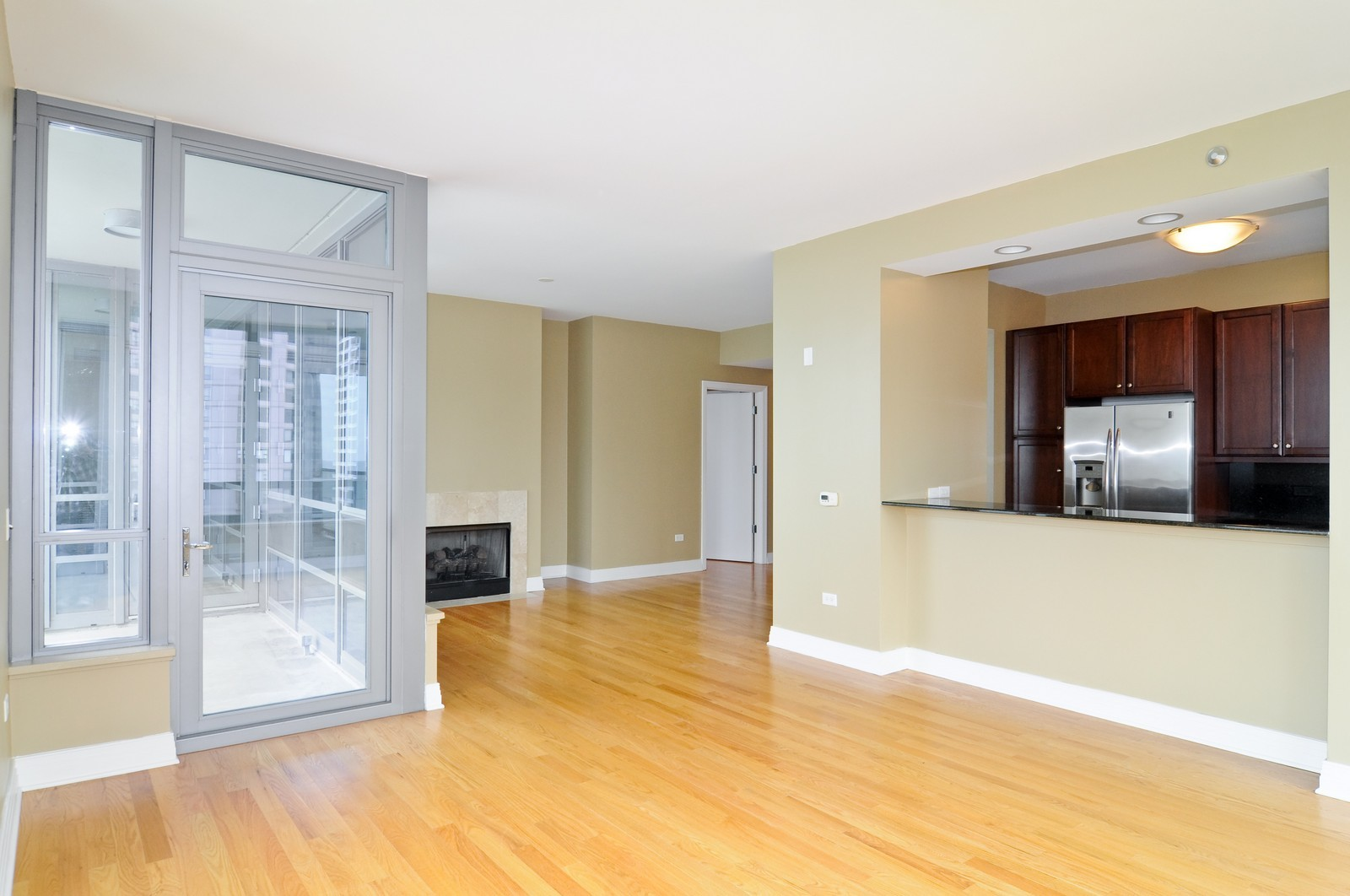 Real Estate Photography - 600 N Lake Shore Dr, Unit 2601, Chicago, IL, 60611 - Kitchen / Living Room