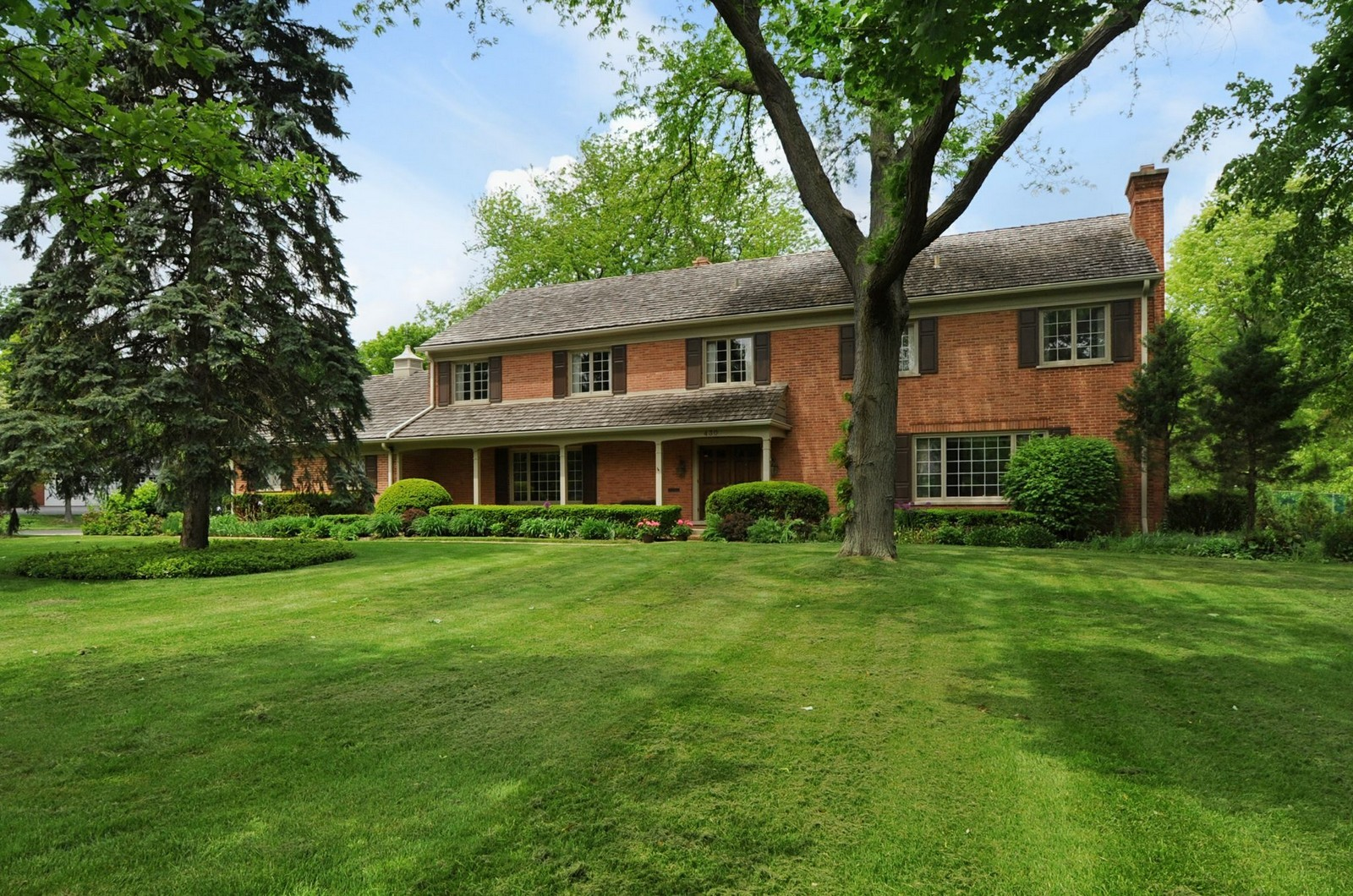 Real Estate Photography - 430 Pebblebrook, Northfield, IL, 60093 - Location 3