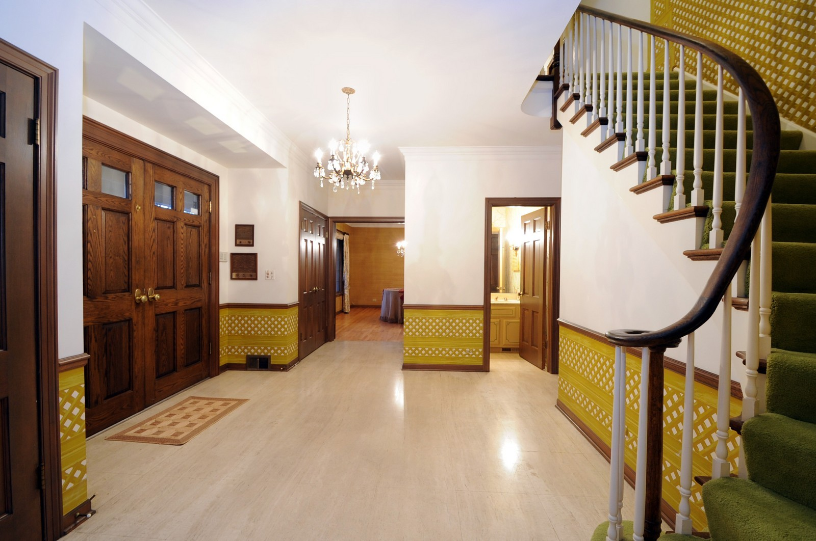 Real Estate Photography - 430 Pebblebrook, Northfield, IL, 60093 - Foyer