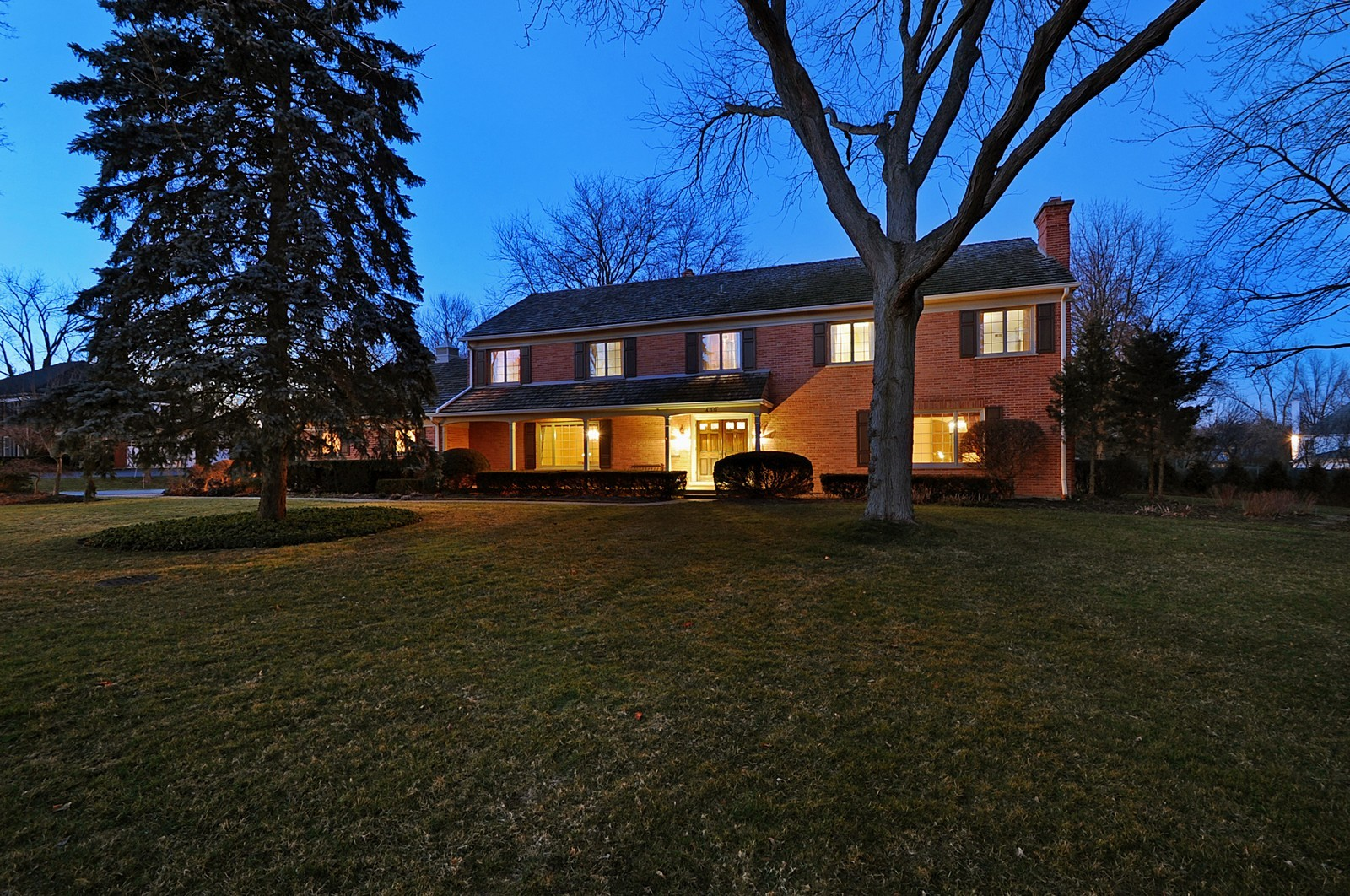 Real Estate Photography - 430 Pebblebrook, Northfield, IL, 60093 - Front View