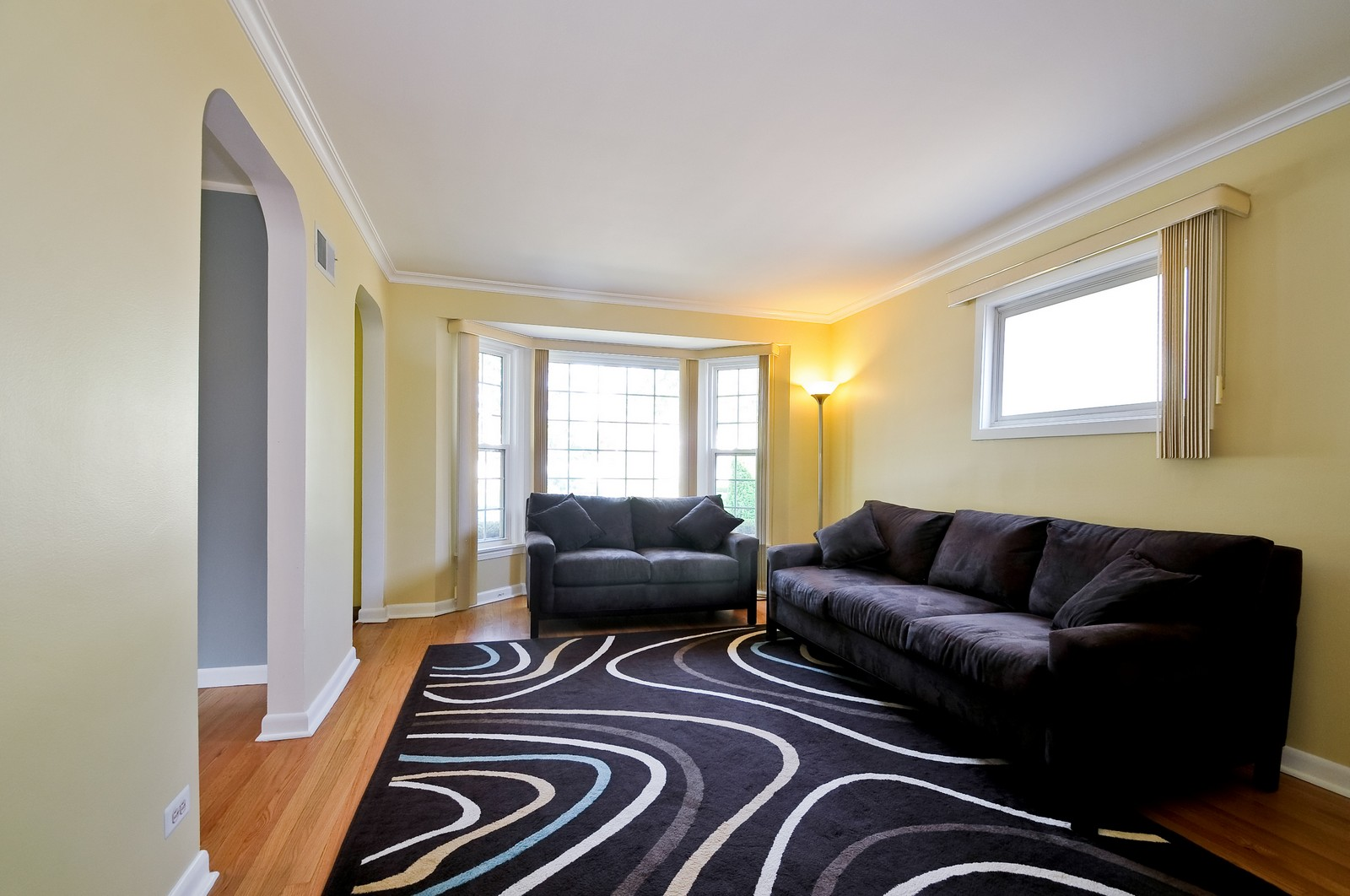 Real Estate Photography - 7227 N Lowell, Lincolnwood, IL, 60712 - Living Room