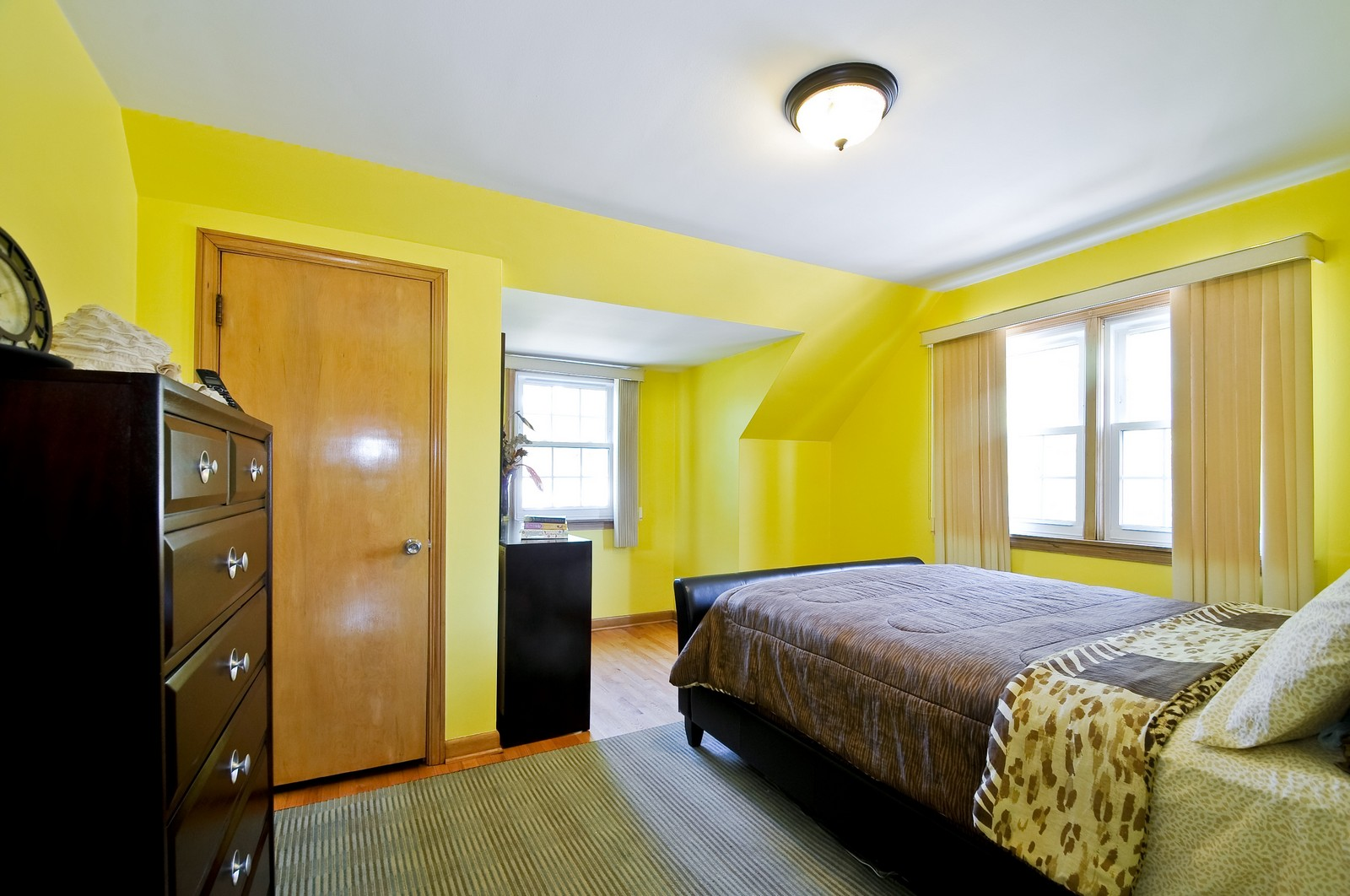 Real Estate Photography - 7227 N Lowell, Lincolnwood, IL, 60712 - Master Bedroom