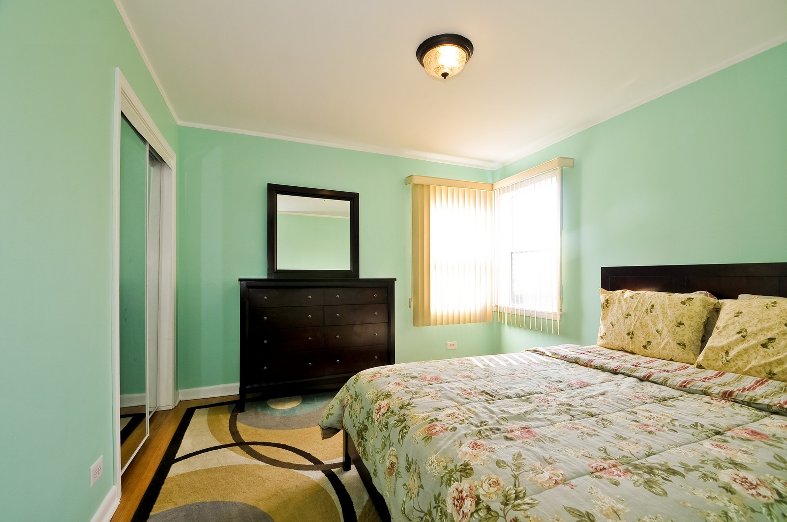 Real Estate Photography - 7227 N Lowell, Lincolnwood, IL, 60712 - Bedroom