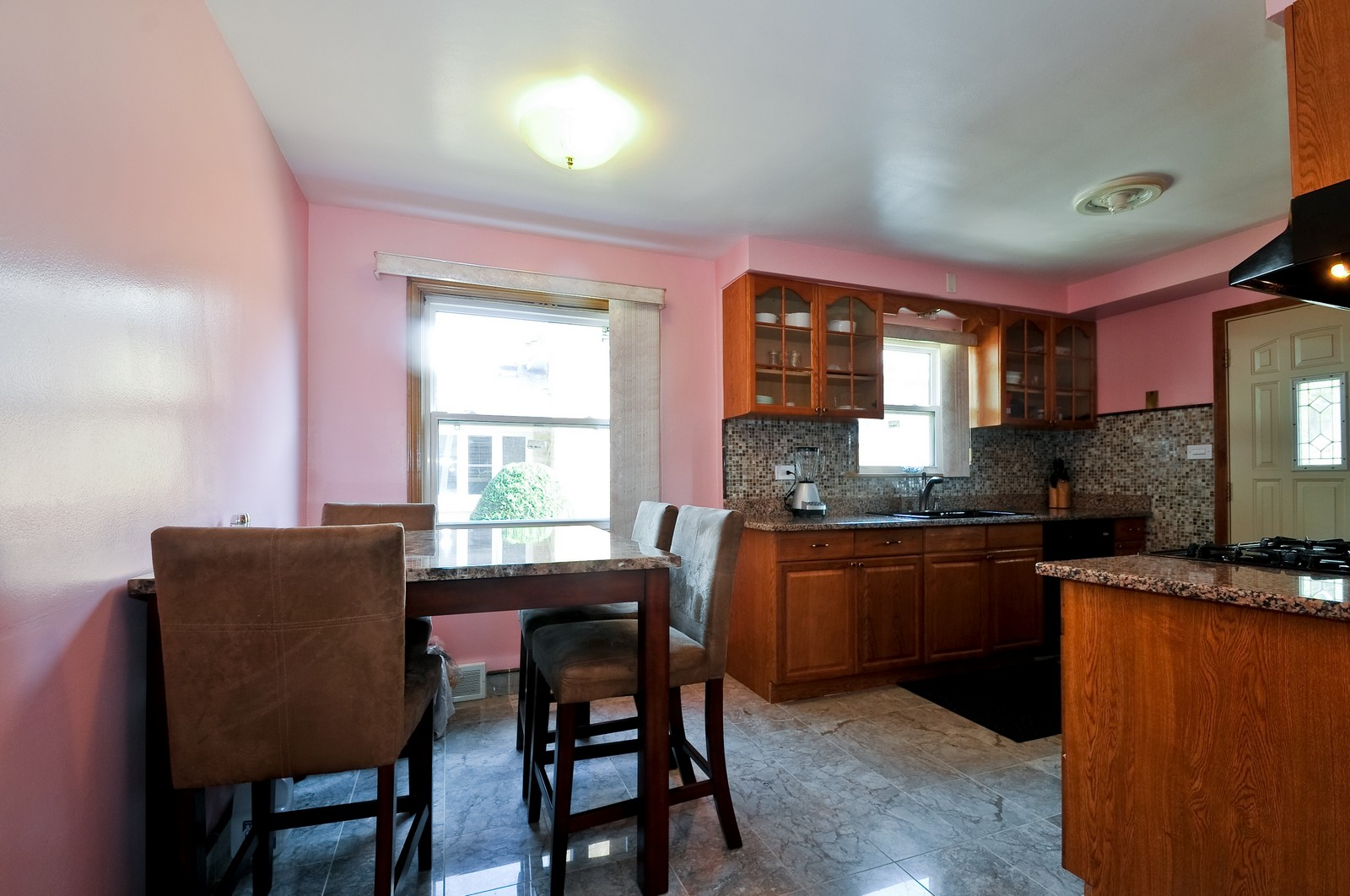 Real Estate Photography - 7227 N Lowell, Lincolnwood, IL, 60712 - Kitchen / Dining Room