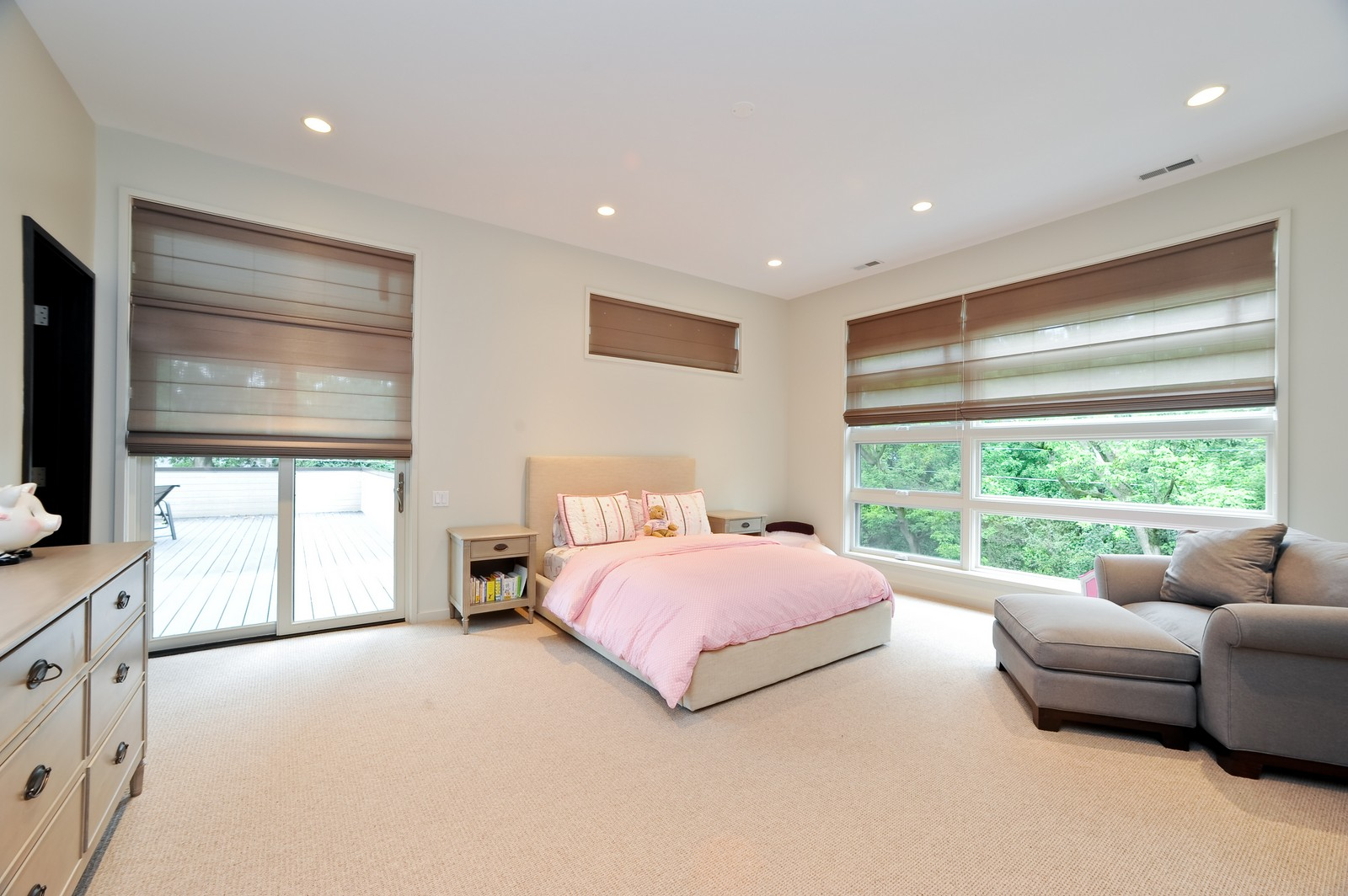 Real Estate Photography - 48 Valley Rd, Highland Park, IL, 60035 - 3rd Bedroom
