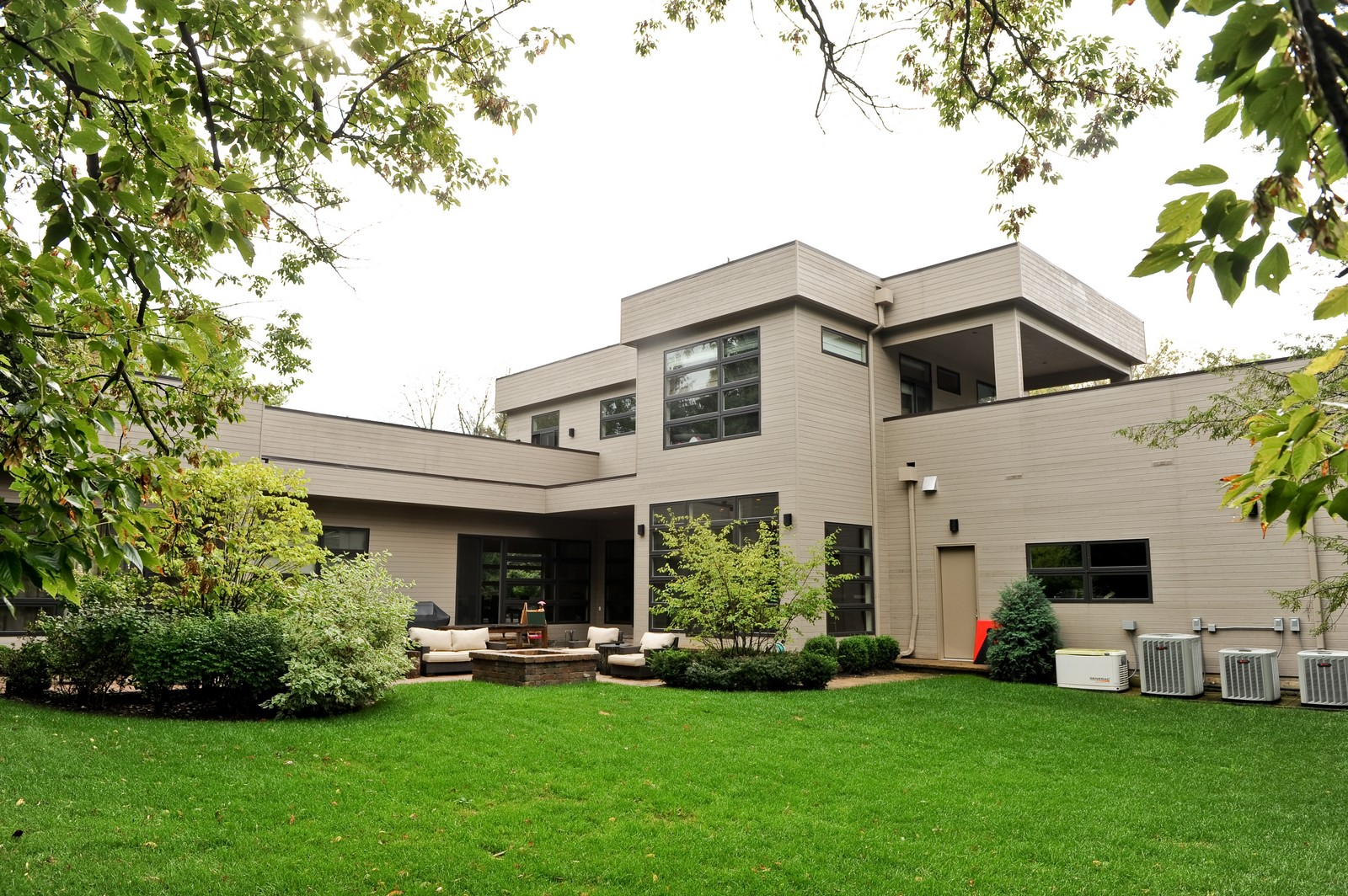 Real Estate Photography - 48 Valley Rd, Highland Park, IL, 60035 - Rear View