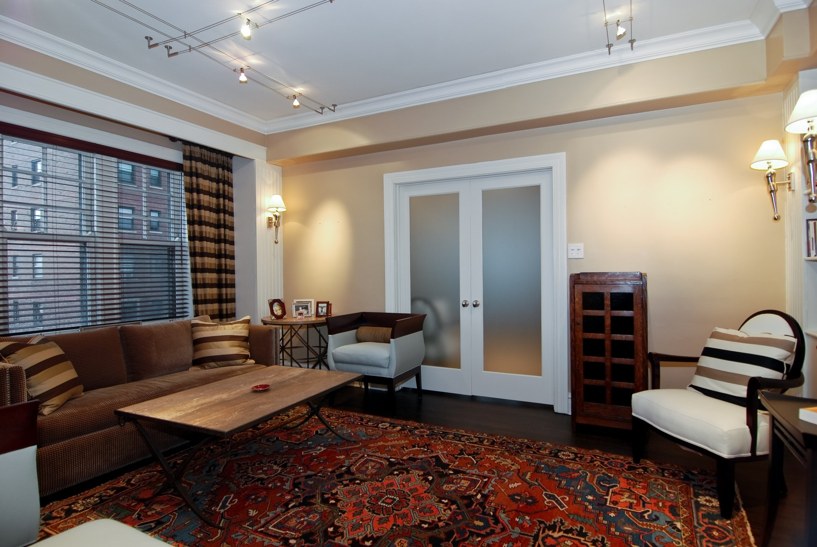 Real Estate Photography - 707 W. Junior Terrace, 6N, Chicago, IL, 60613 - 2nd Bedroom