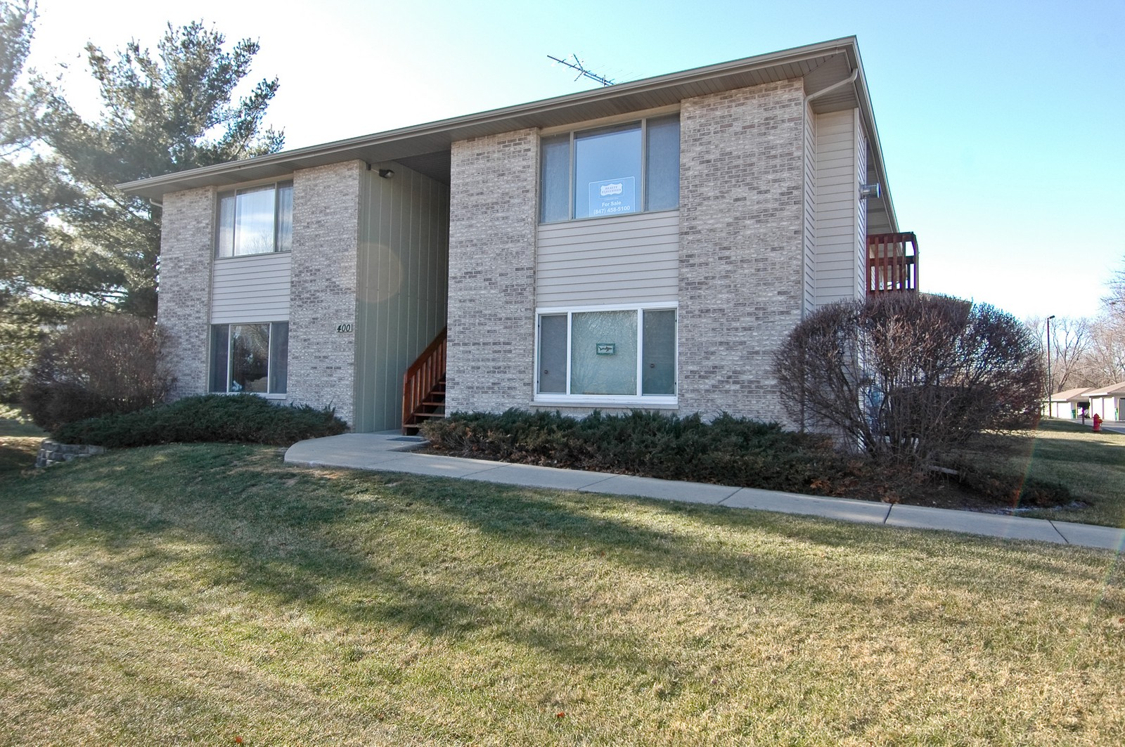 Real Estate Photography - 400 West Wood, Crystal Lake, IL, 60014 - Front View