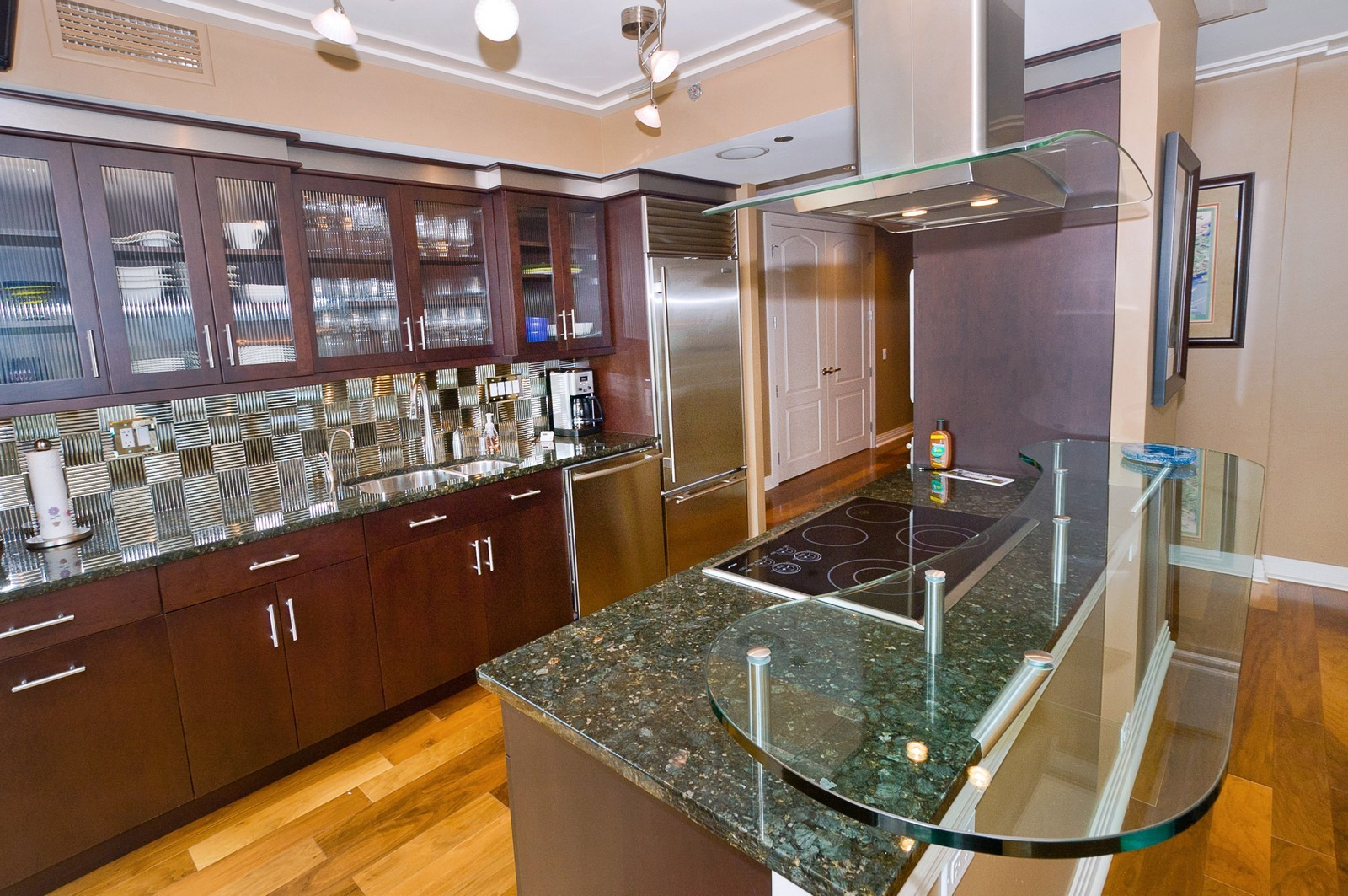 Real Estate Photography - 100 E Huron, 2103, Chicago, IL, 60611 - Kitchen